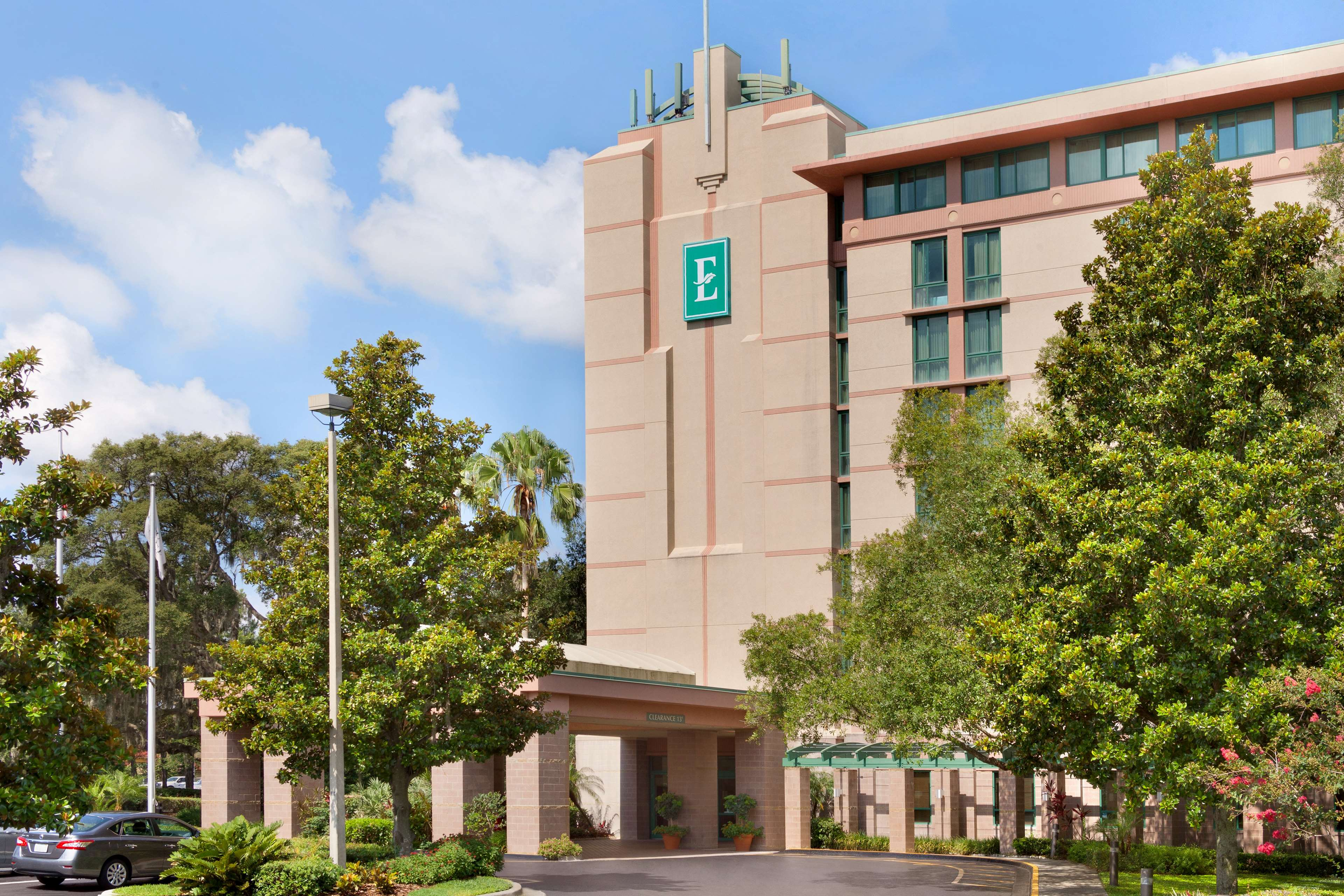 Embassy Suites by Hilton Tampa USF Near Busch Gardens image 2