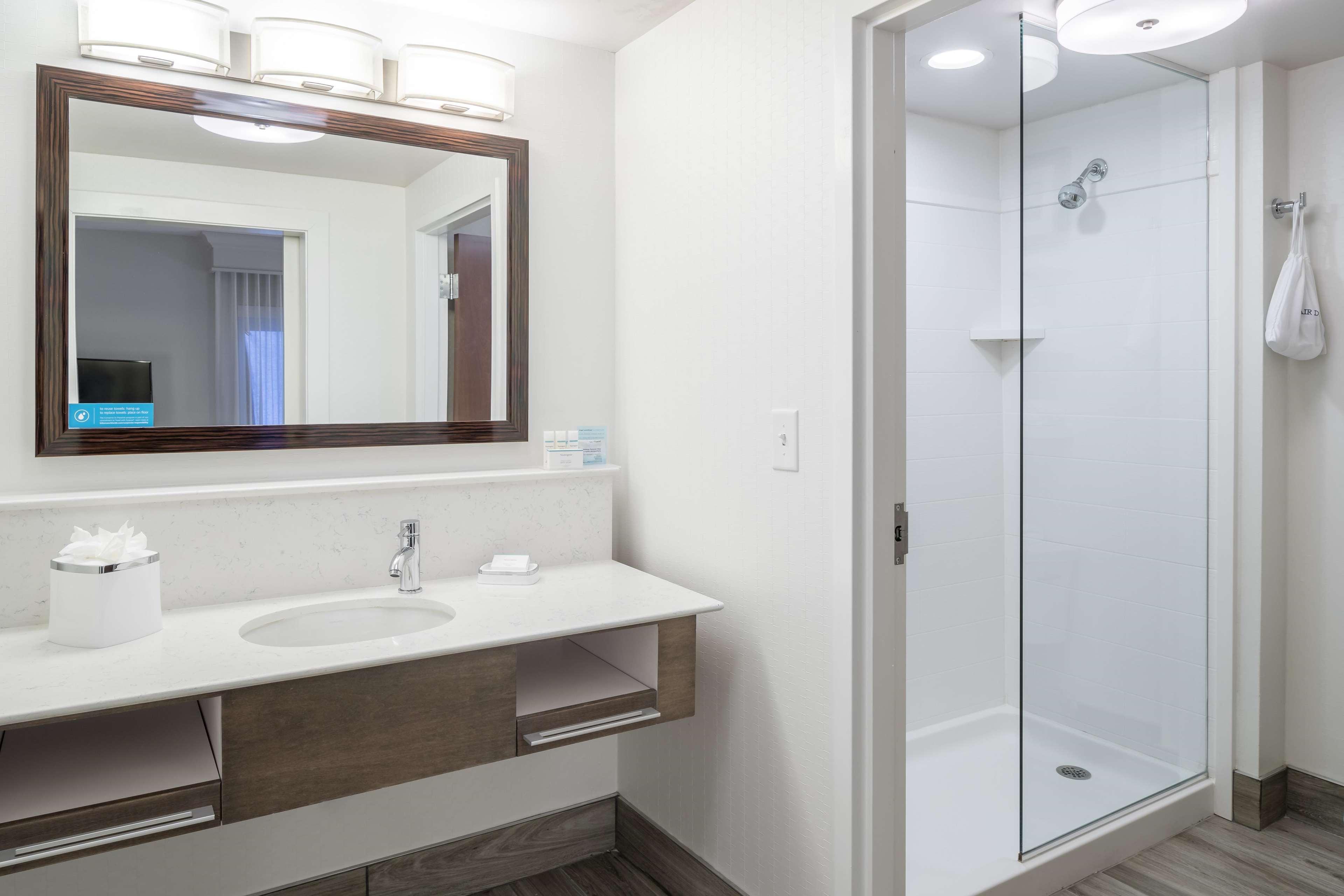 Hampton Inn & Suites by Hilton Atlanta Perimeter Dunwoody image 19