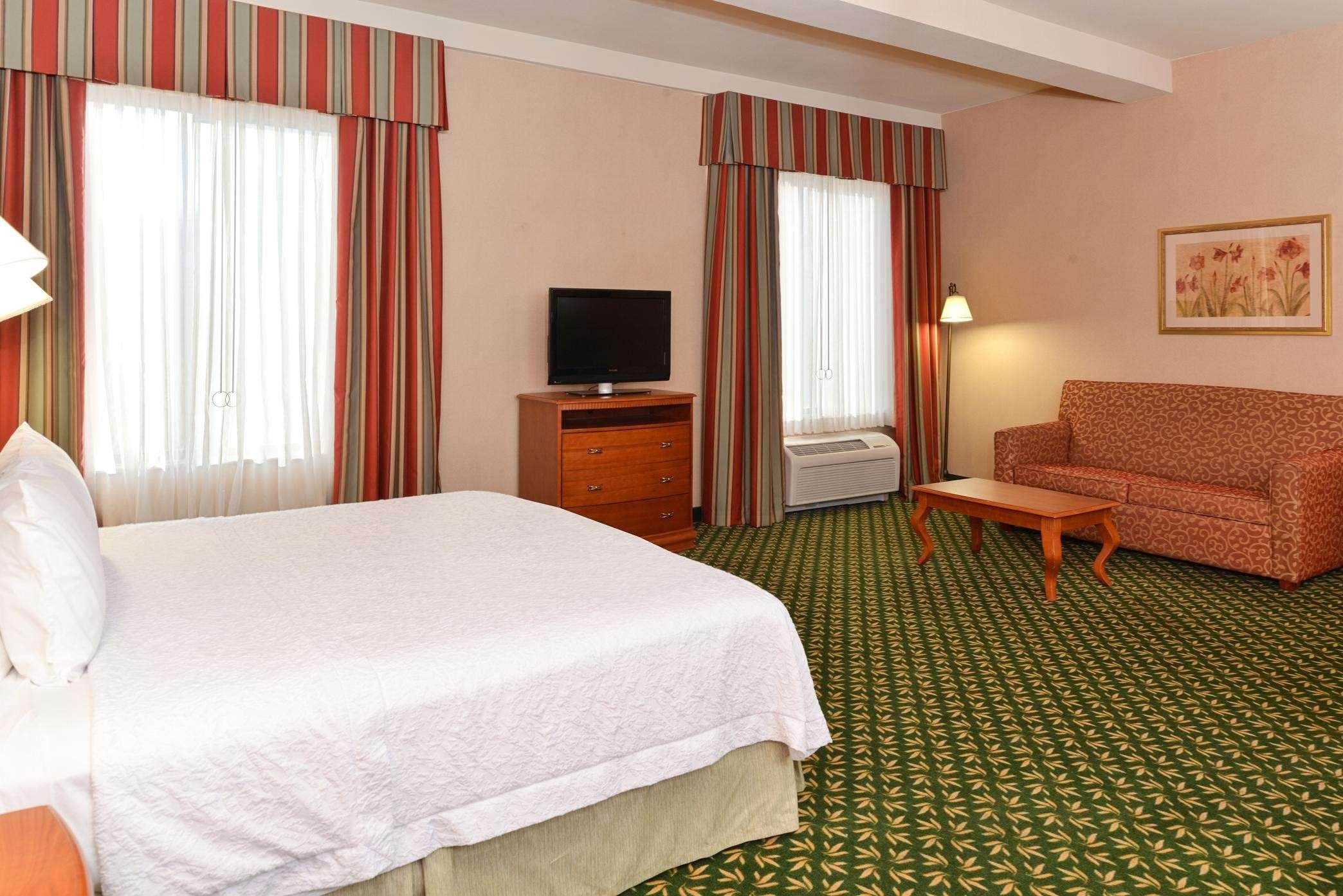 Hampton Inn & Suites Casper image 24