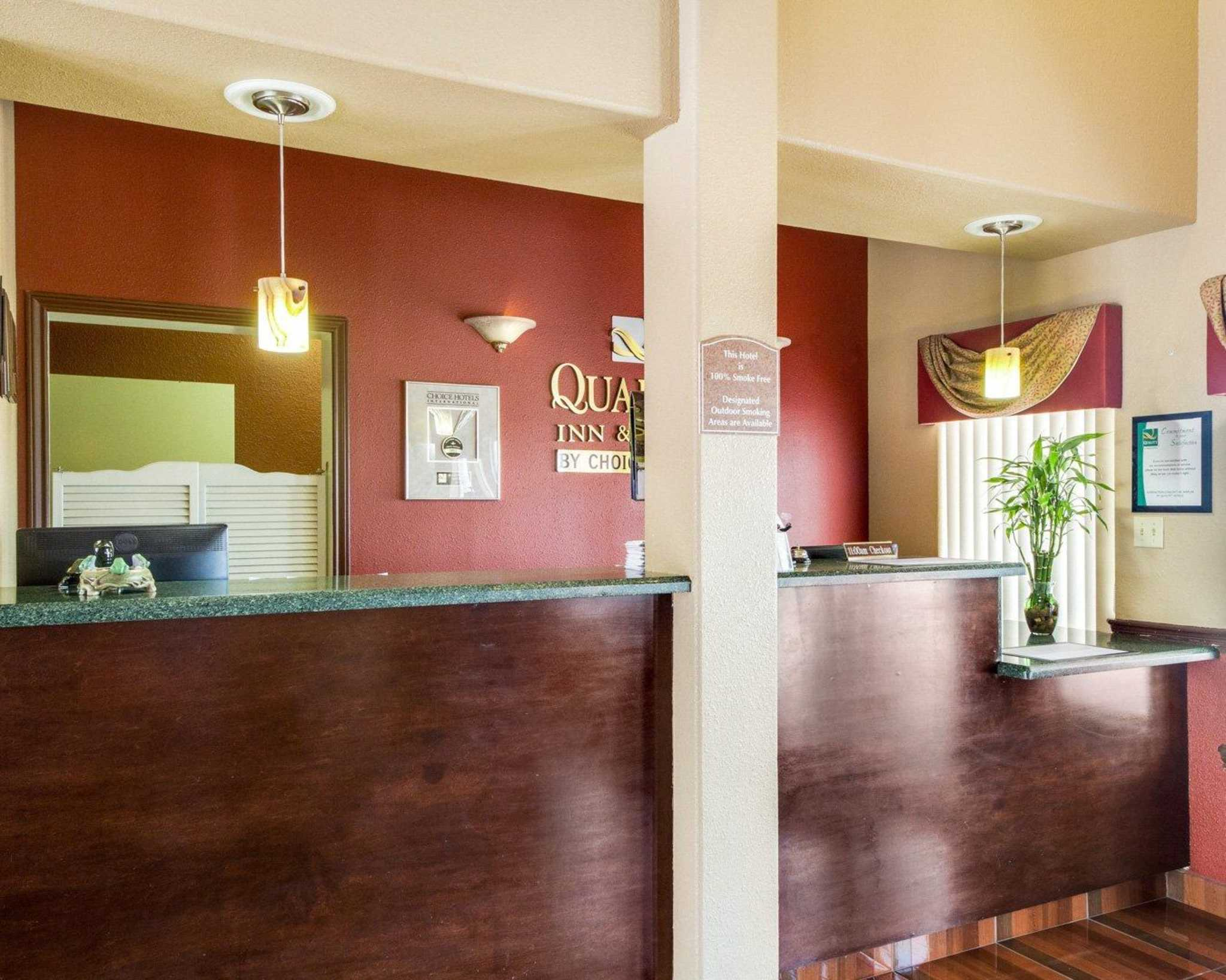 Quality Inn & Suites Eagle Pass image 10