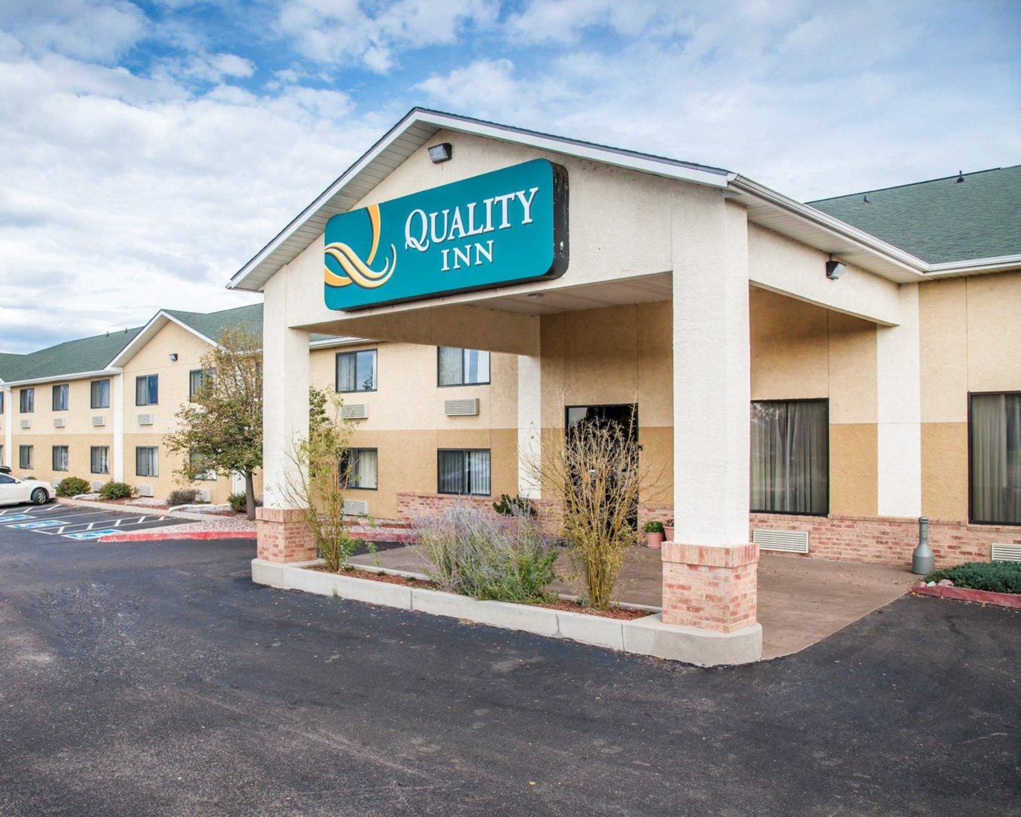 Quality Inn Colorado Springs Airport image 1