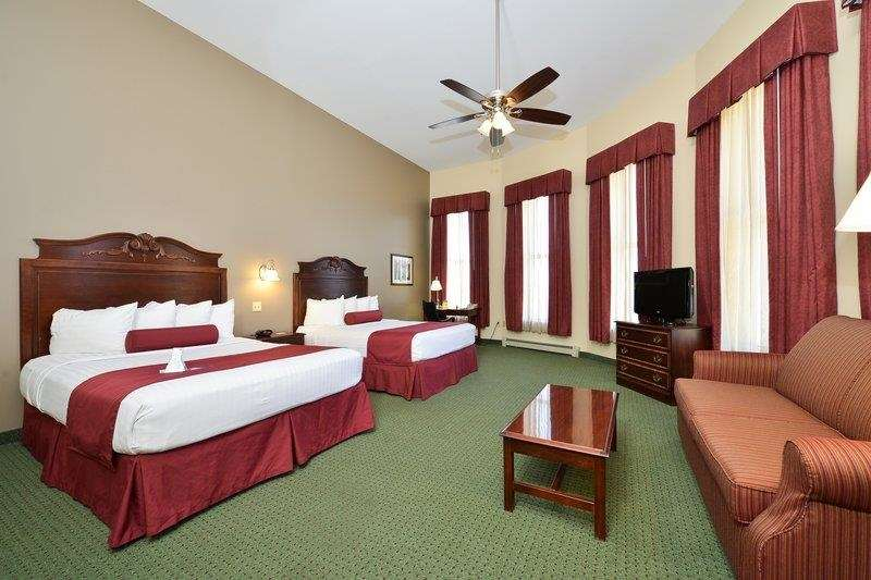 Best Western The Hotel Chequamegon image 7