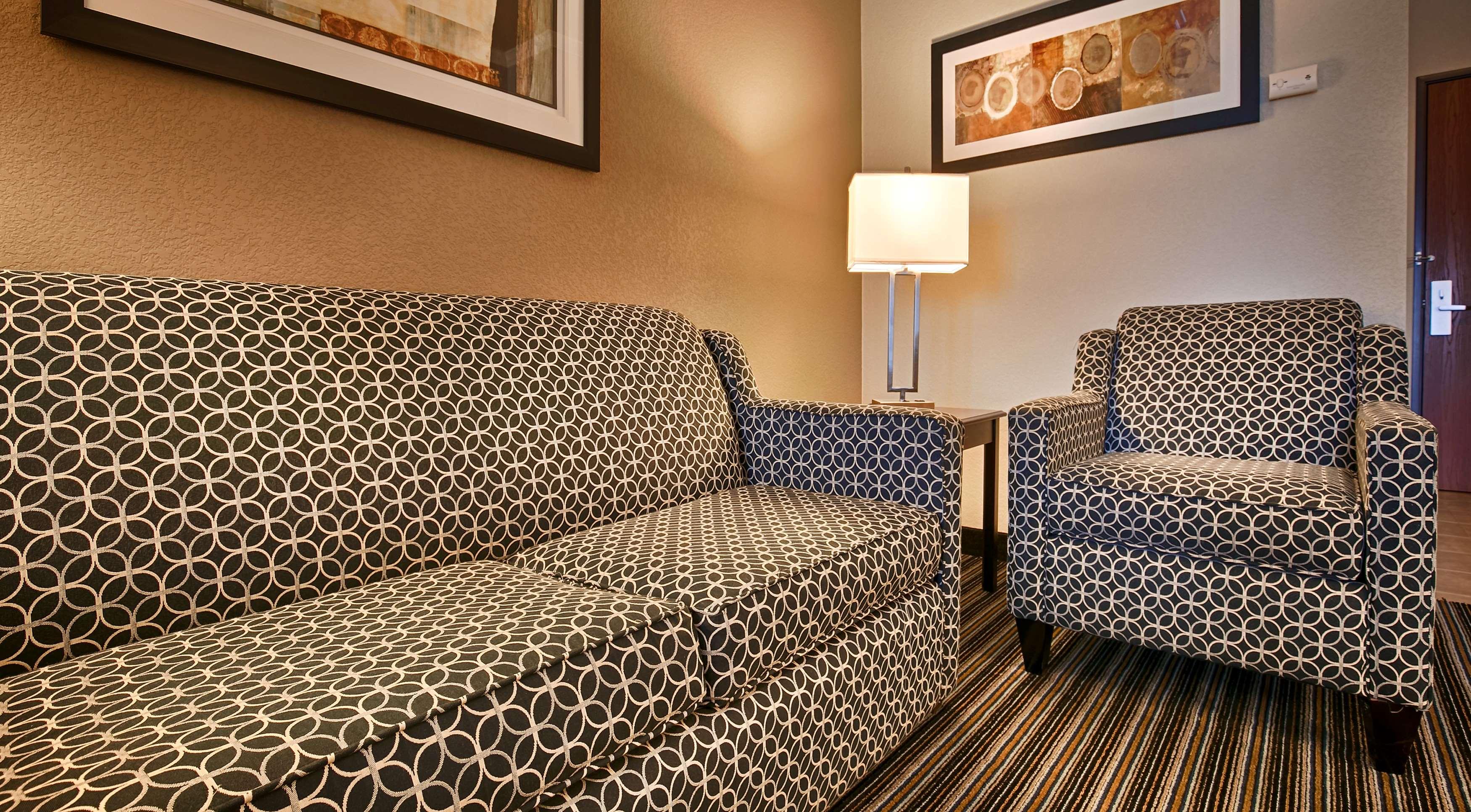 Best Western Plus Austin Airport Inn & Suites image 17