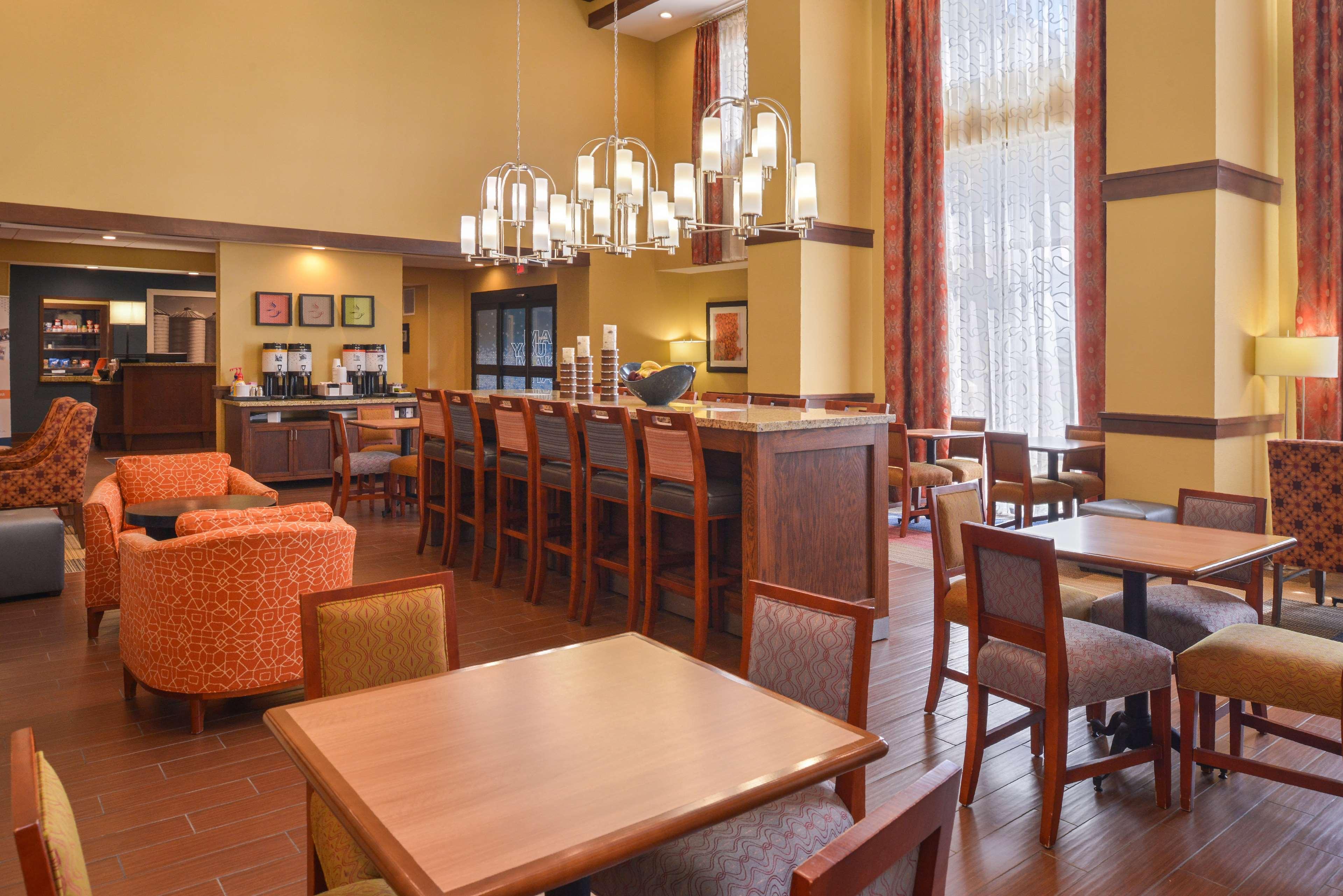 Hampton Inn & Suites Lonoke image 7