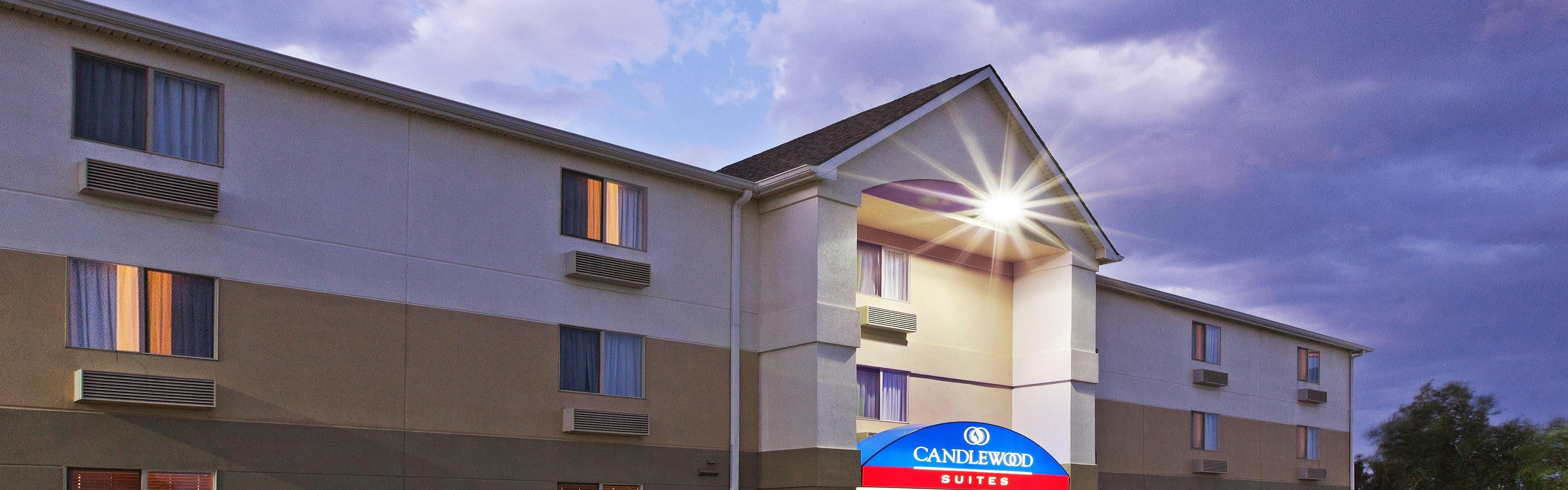 Candlewood Suites Wichita-Northeast image 0