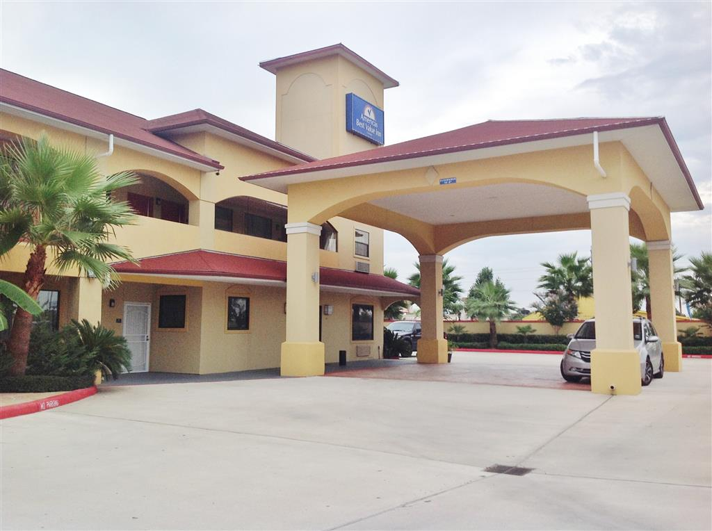 Americas Best Value Inn & Suites - Houston/Tomball Parkway image 2