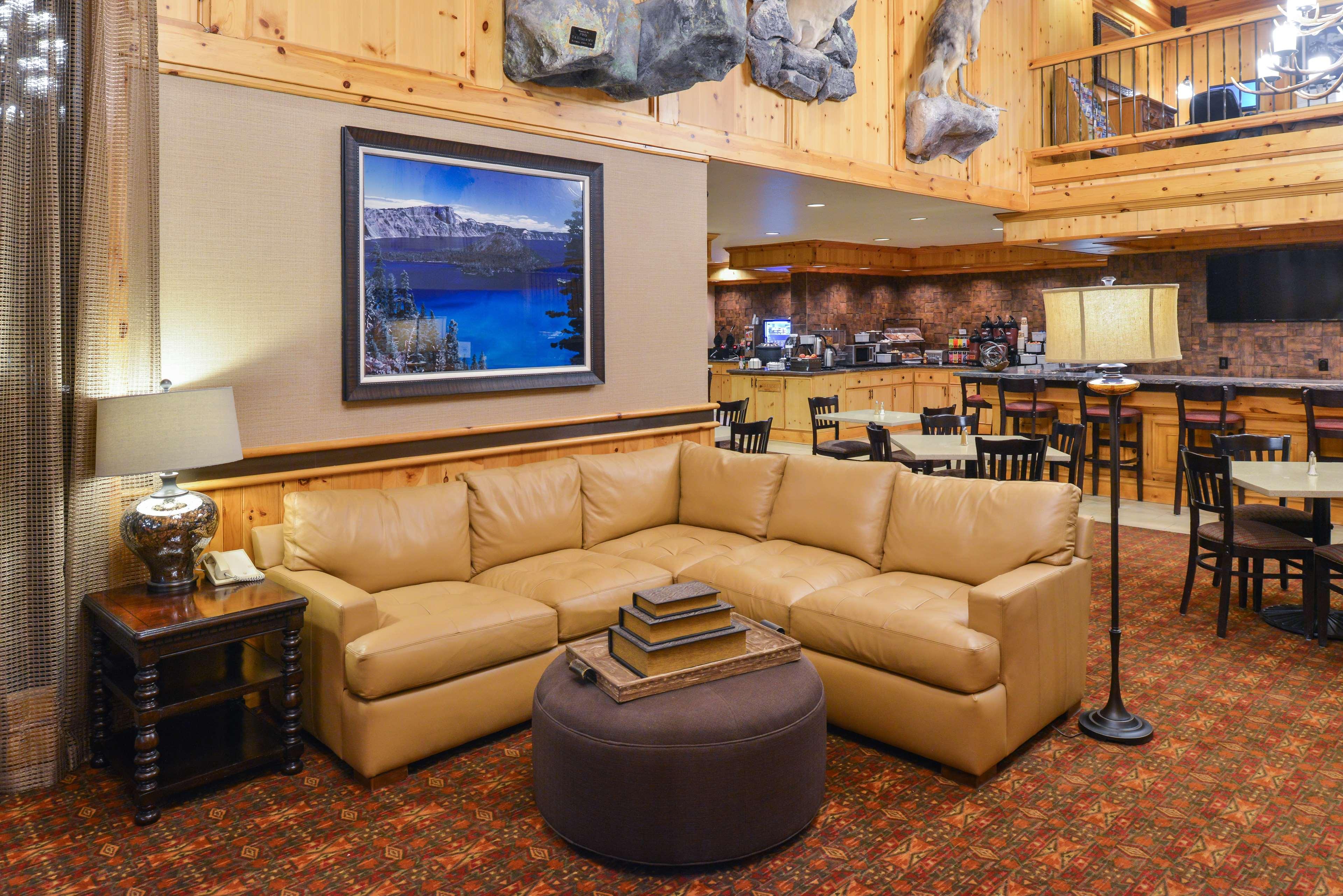 Best Western Plus Olympic Inn image 39