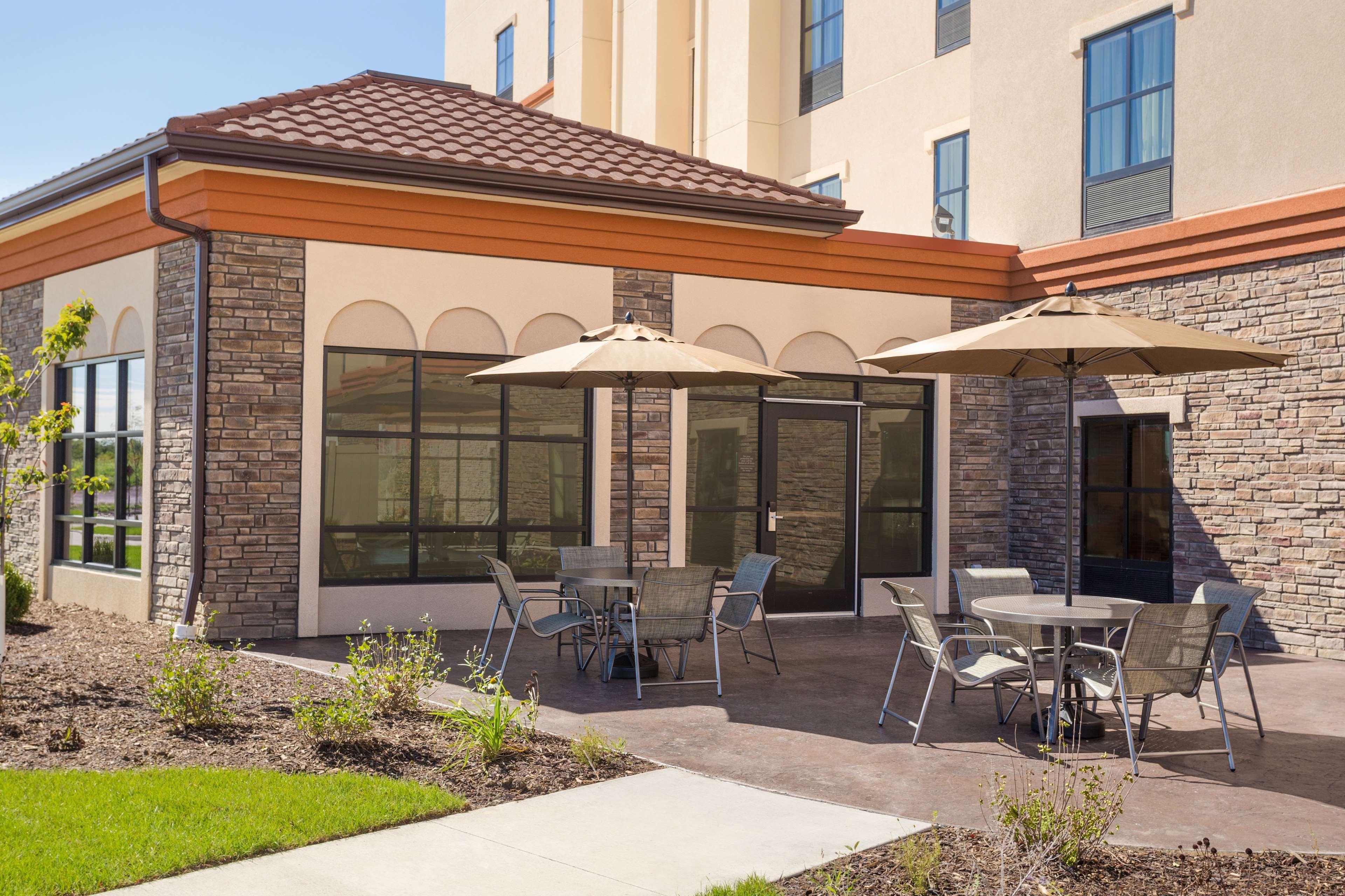 Hampton Inn & Suites West Des Moines/SW Mall Area image 27
