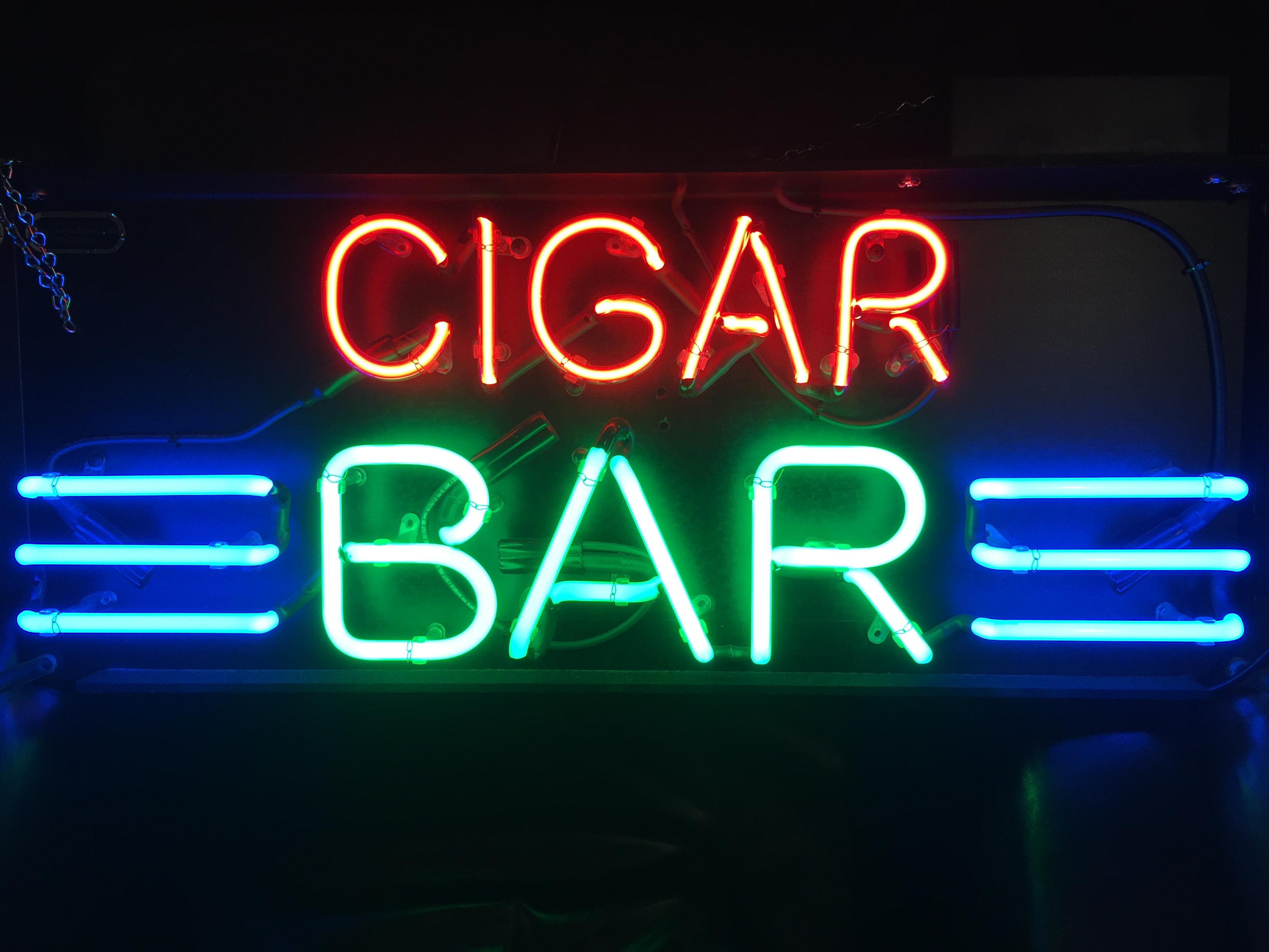 Tobacco Locker Cigar Bar image 4
