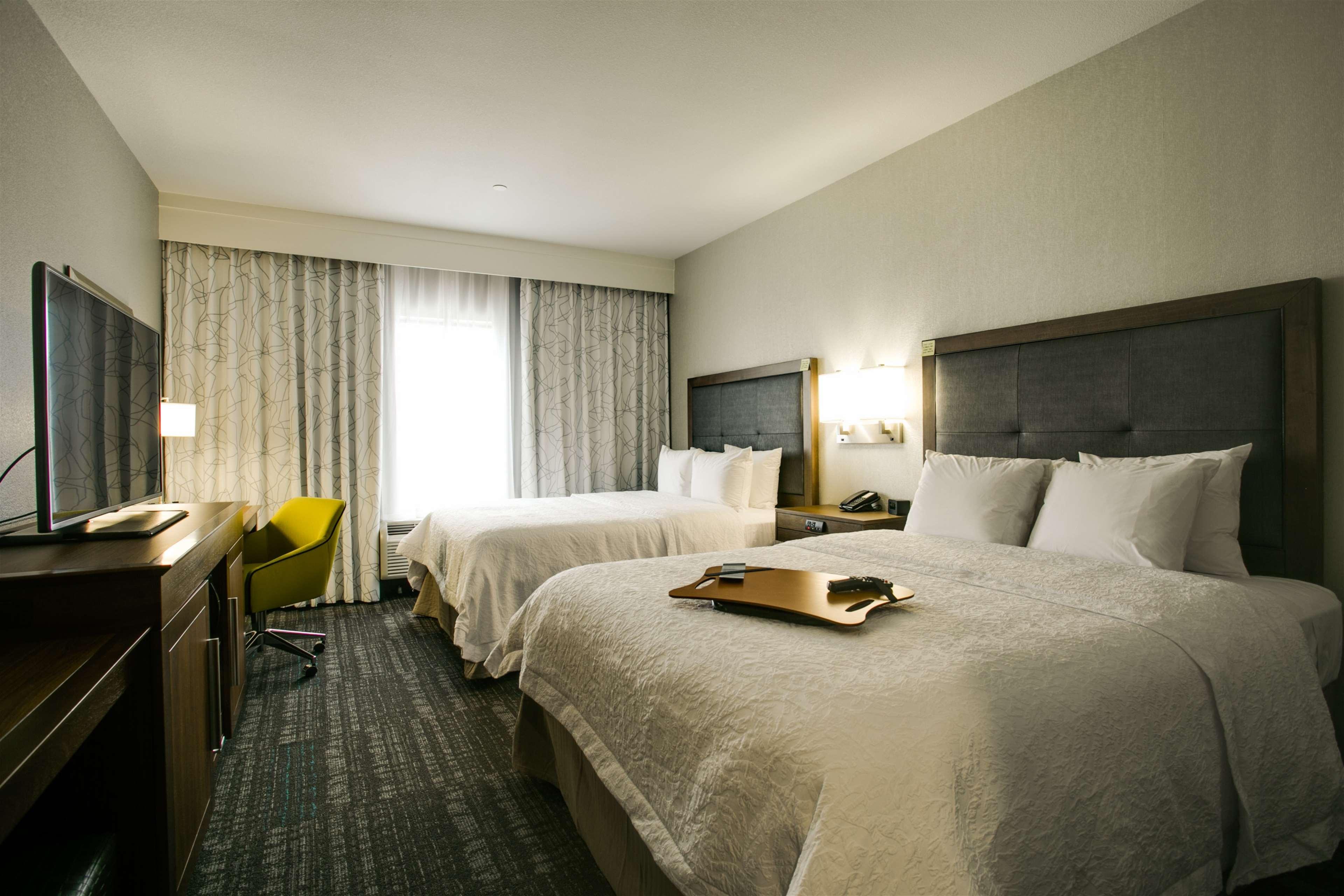 Hampton Inn & Suites Dallas/Ft. Worth Airport South image 29