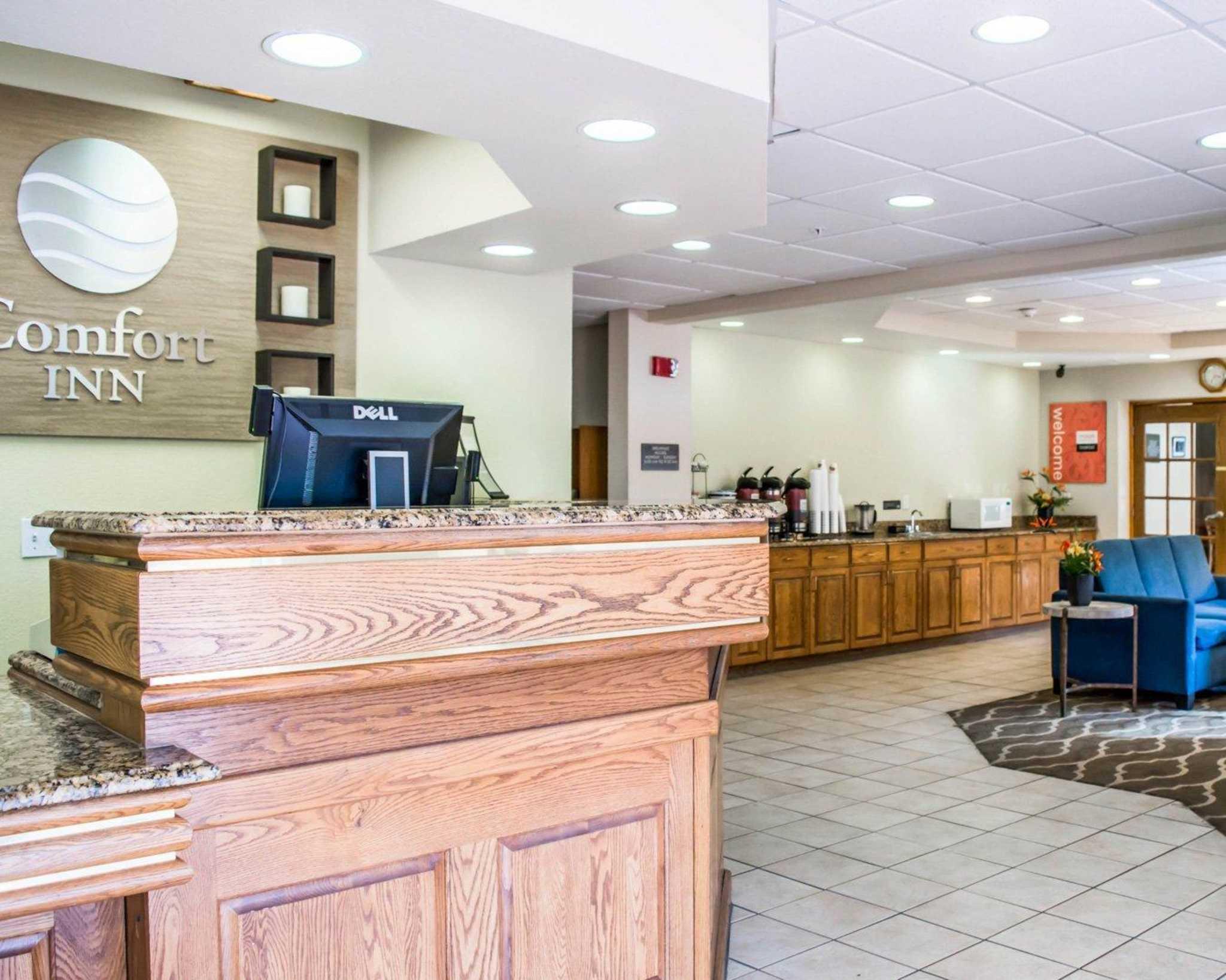 Comfort Inn Fort Myers Northeast image 16