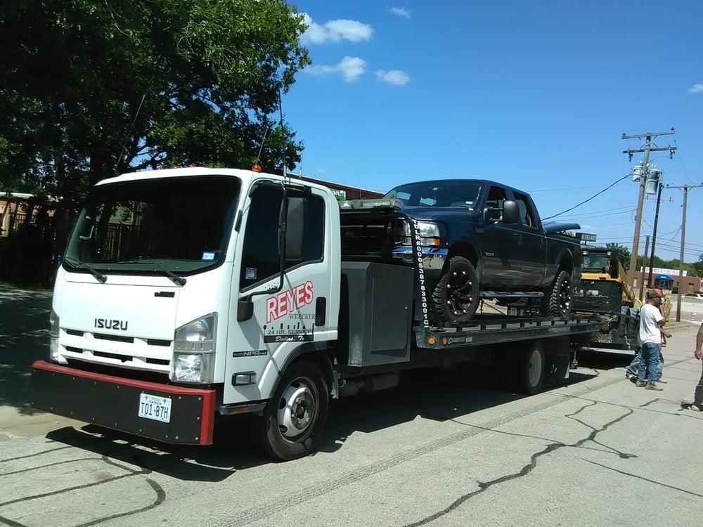Reyes Wrecker Services