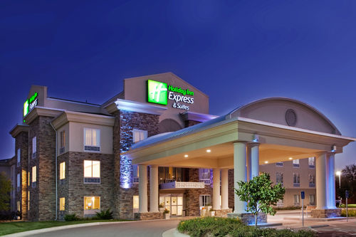 Holiday Inn Express & Suites East Wichita I-35 Andover image 0