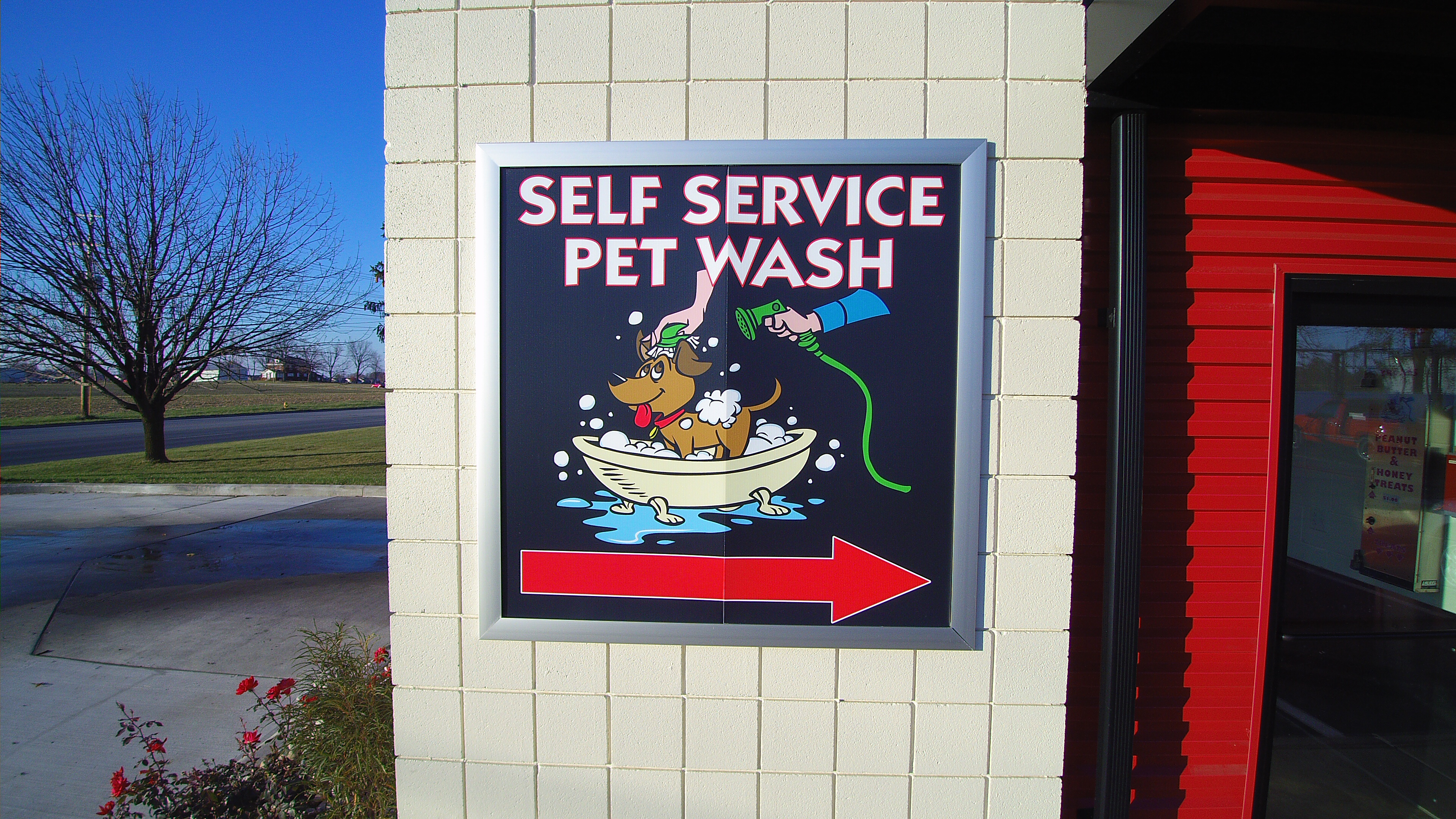 4 Seasons Car Wash image 1