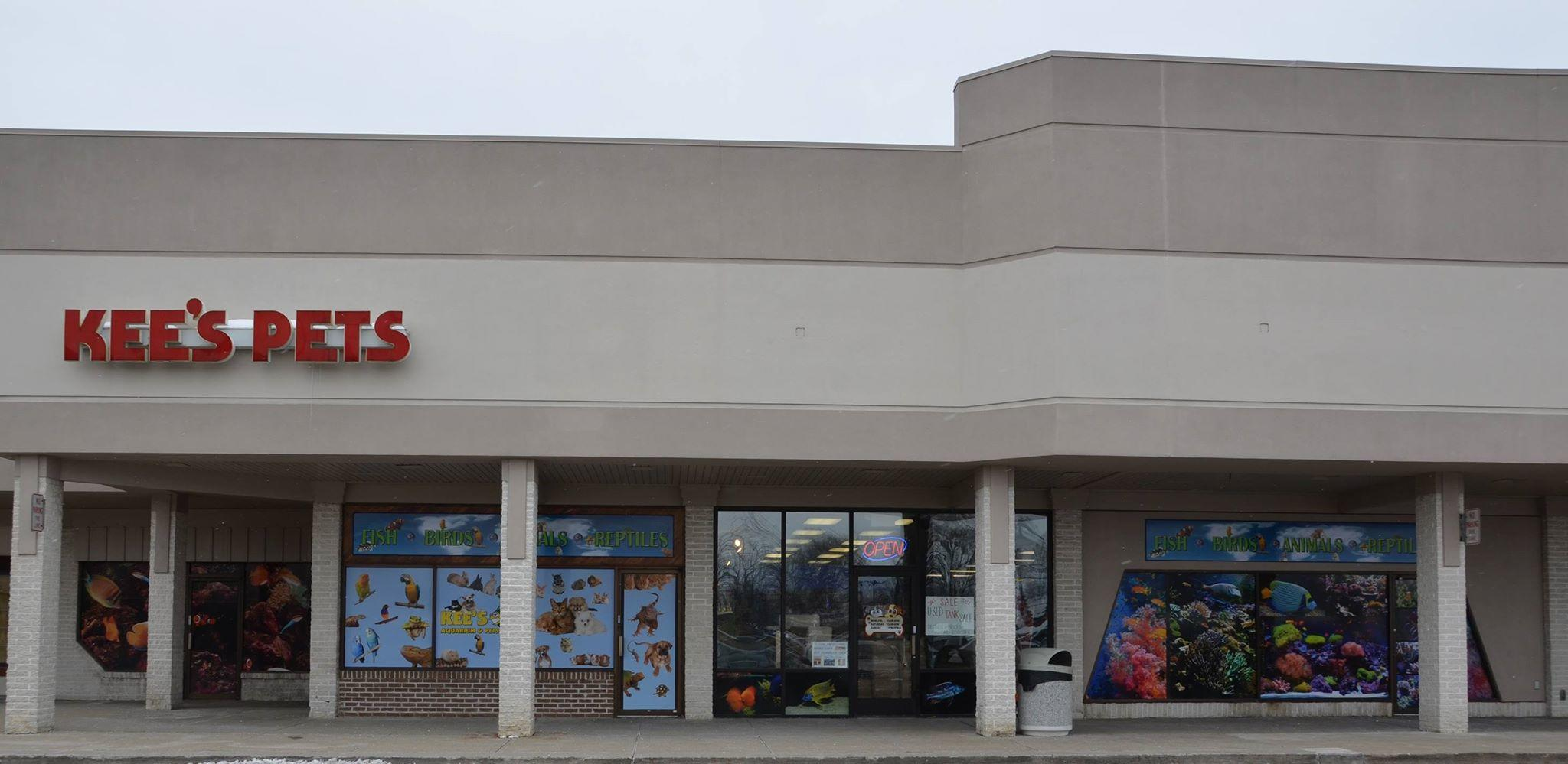 Kee 39 s aquarium pets coupons near me in shelby township for Tropical fish store near me