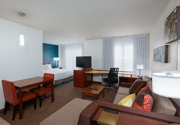 Residence Inn by Marriott Laredo Del Mar image 3