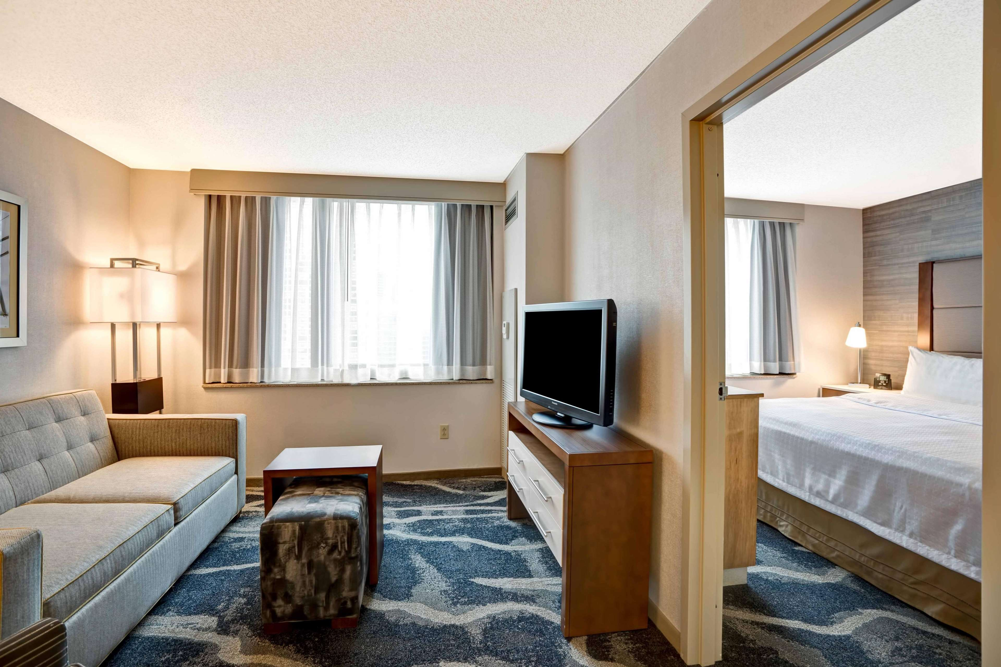 Homewood Suites by Hilton Chicago-Downtown image 37