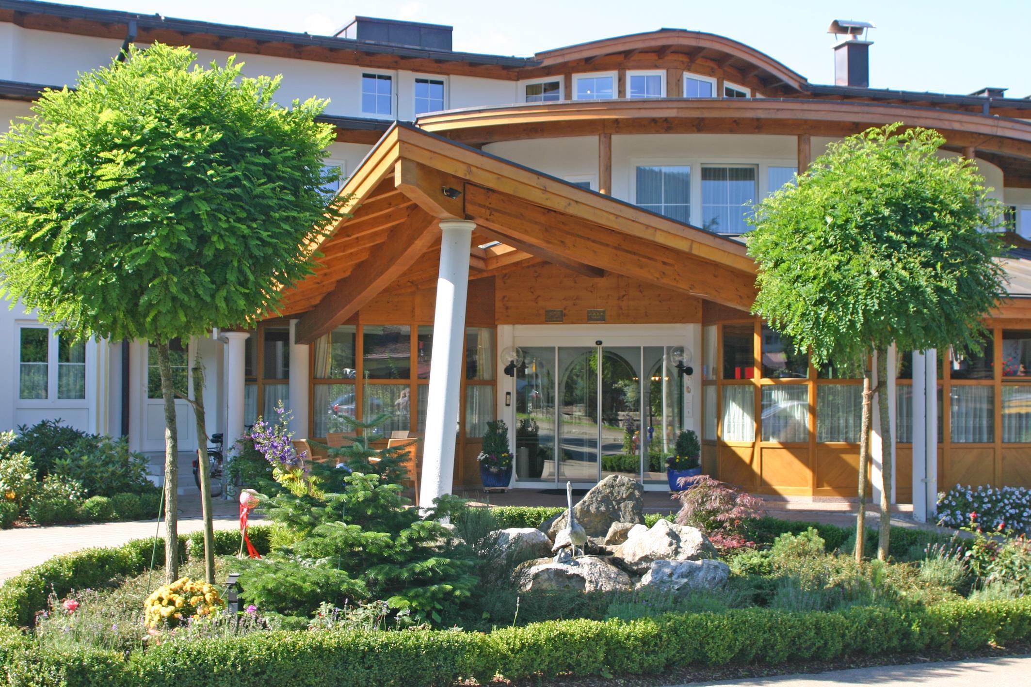 Hotel Wittelsbacher Hof Gmbh Co Kg