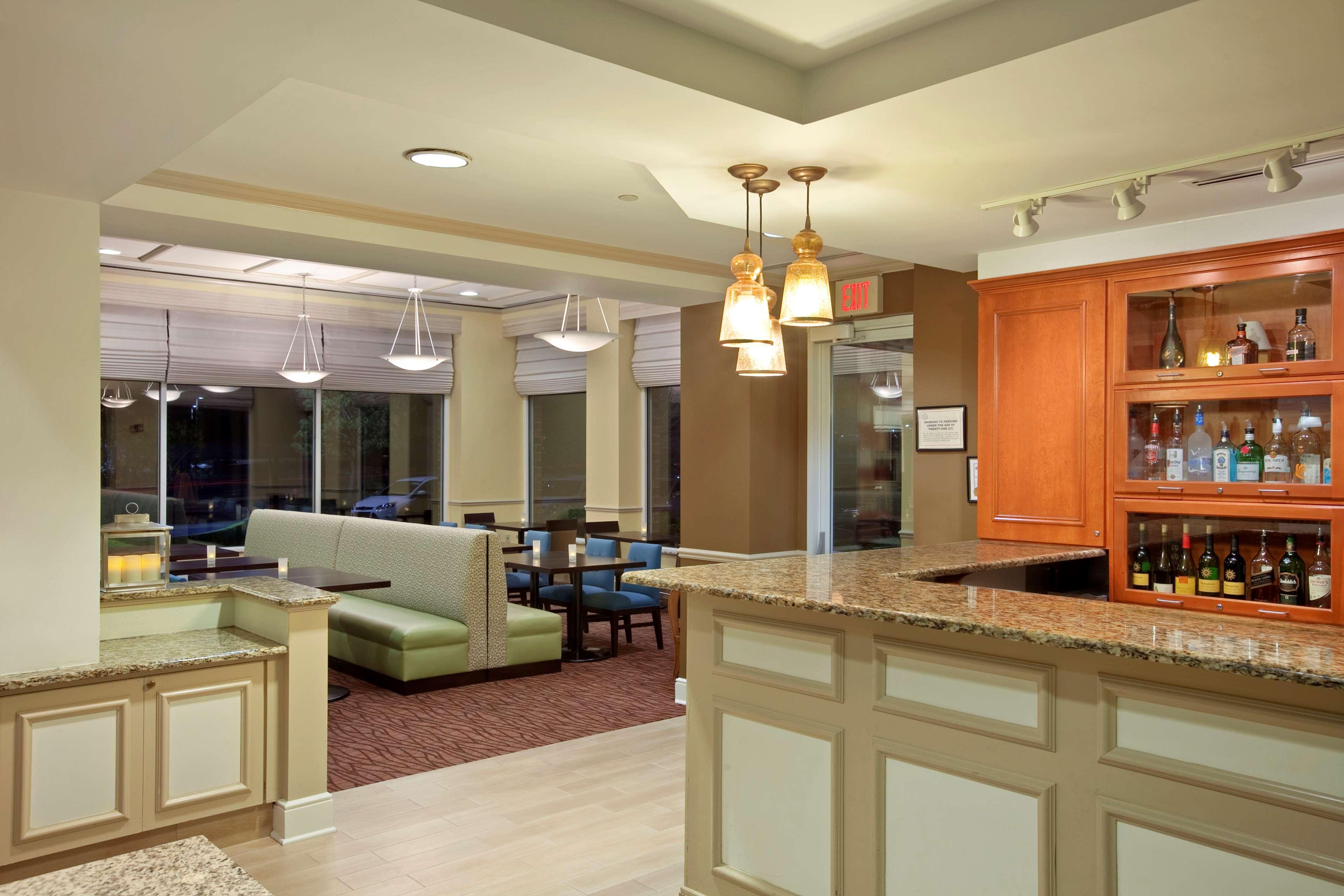 Hilton Garden Inn Hoffman Estates image 9