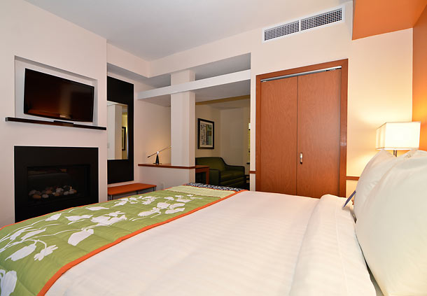Fairfield Inn & Suites by Marriott Santa Cruz - Capitola image 2