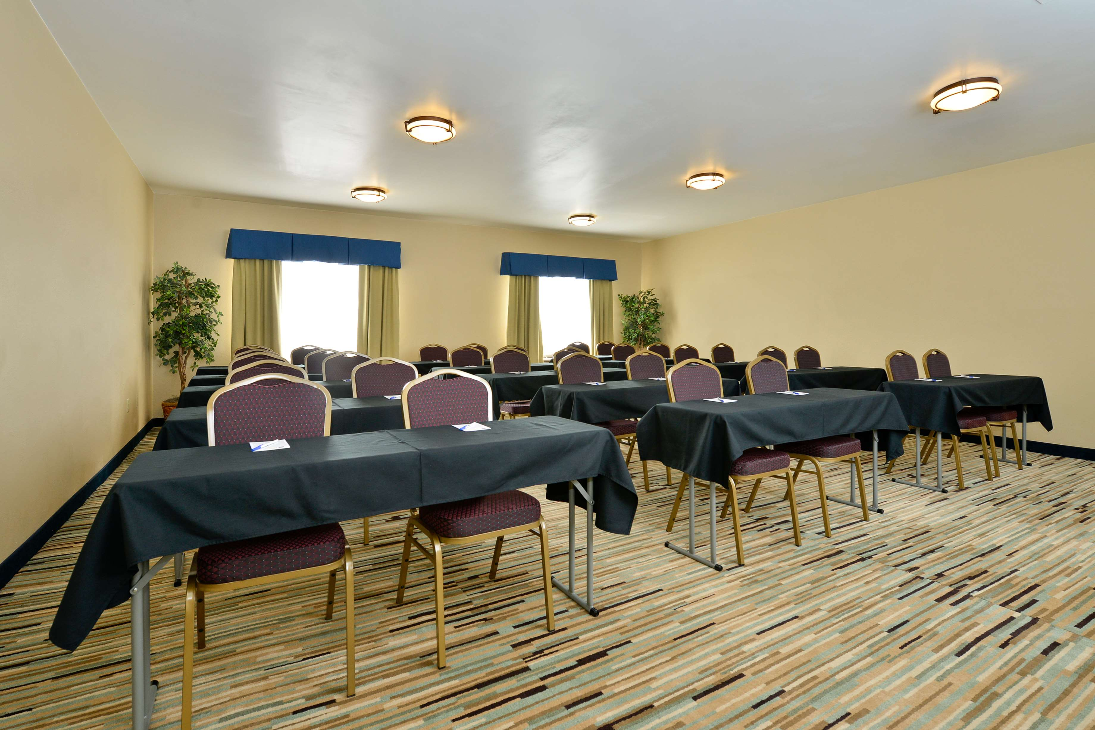 Best Western Plus University Inn image 27