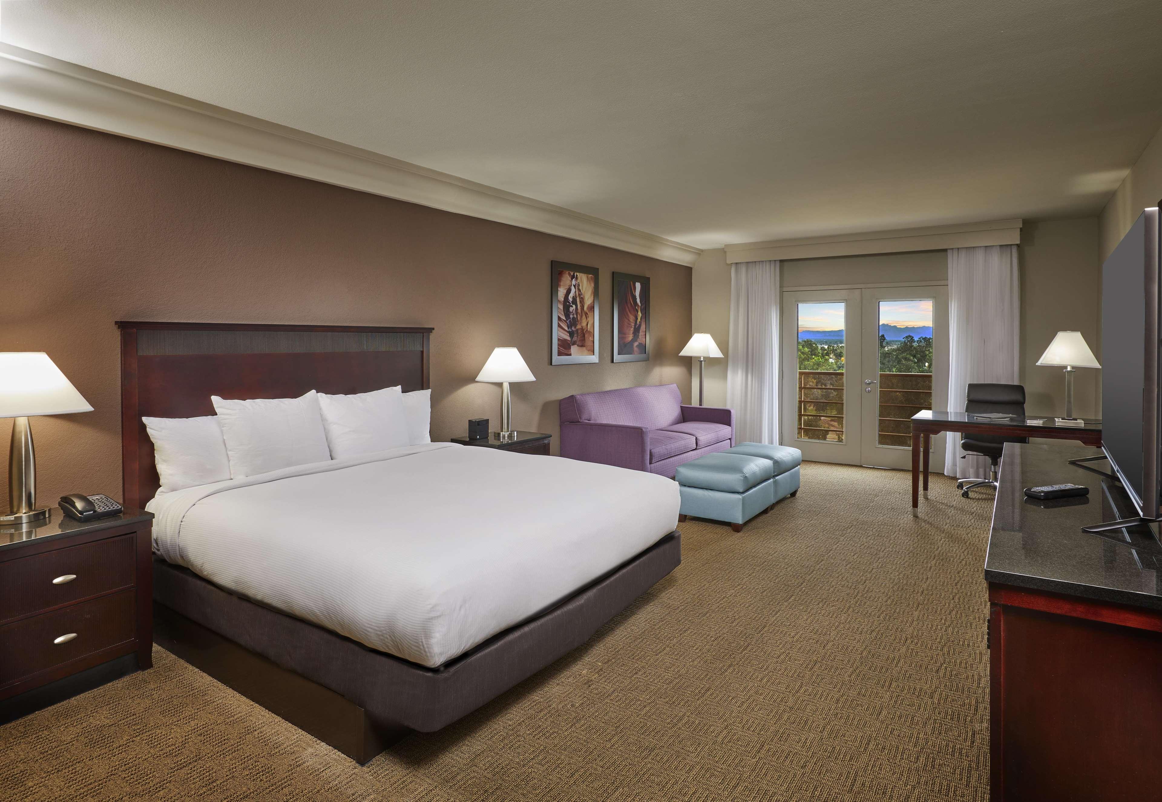 Hilton Phoenix/Mesa image 33