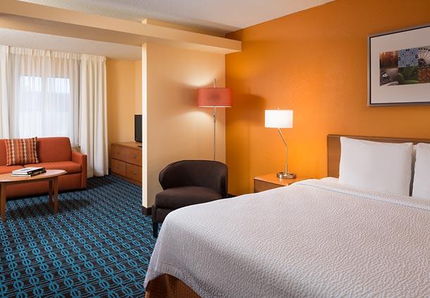 Fairfield Inn & Suites by Marriott Phoenix North image 4