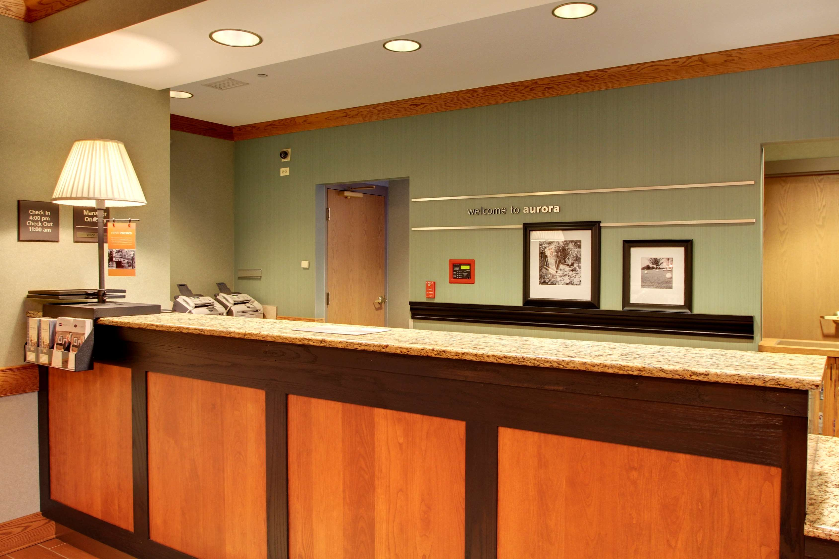 Hampton Inn & Suites Chicago/Aurora image 6