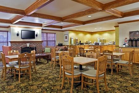 Country Inn & Suites by Radisson, Sycamore, IL image 2