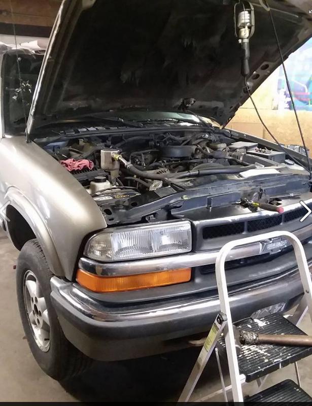 Oman bro's automotive repair image 2