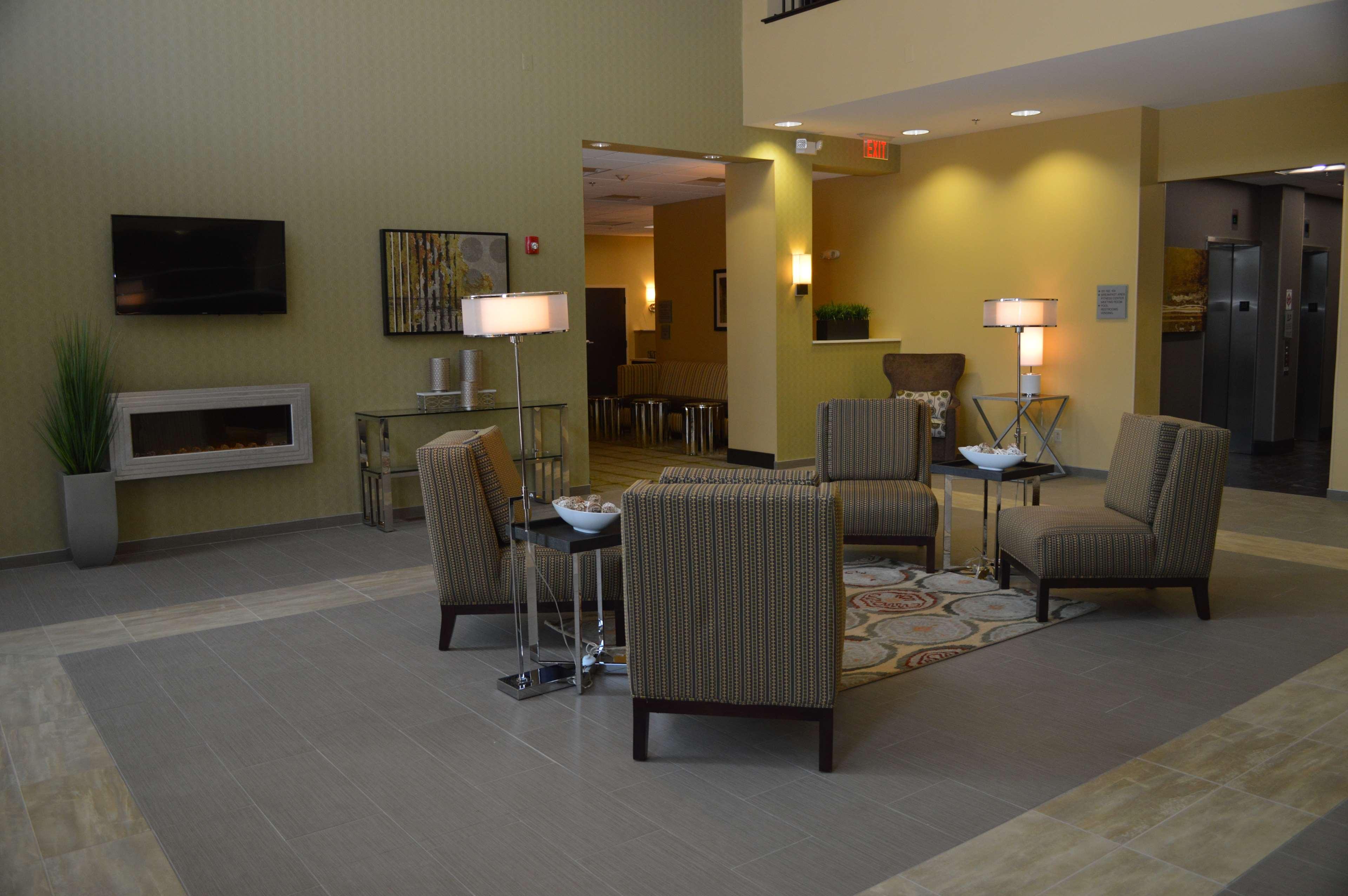 Best Western Plus Thornburg Inn & Suites image 2