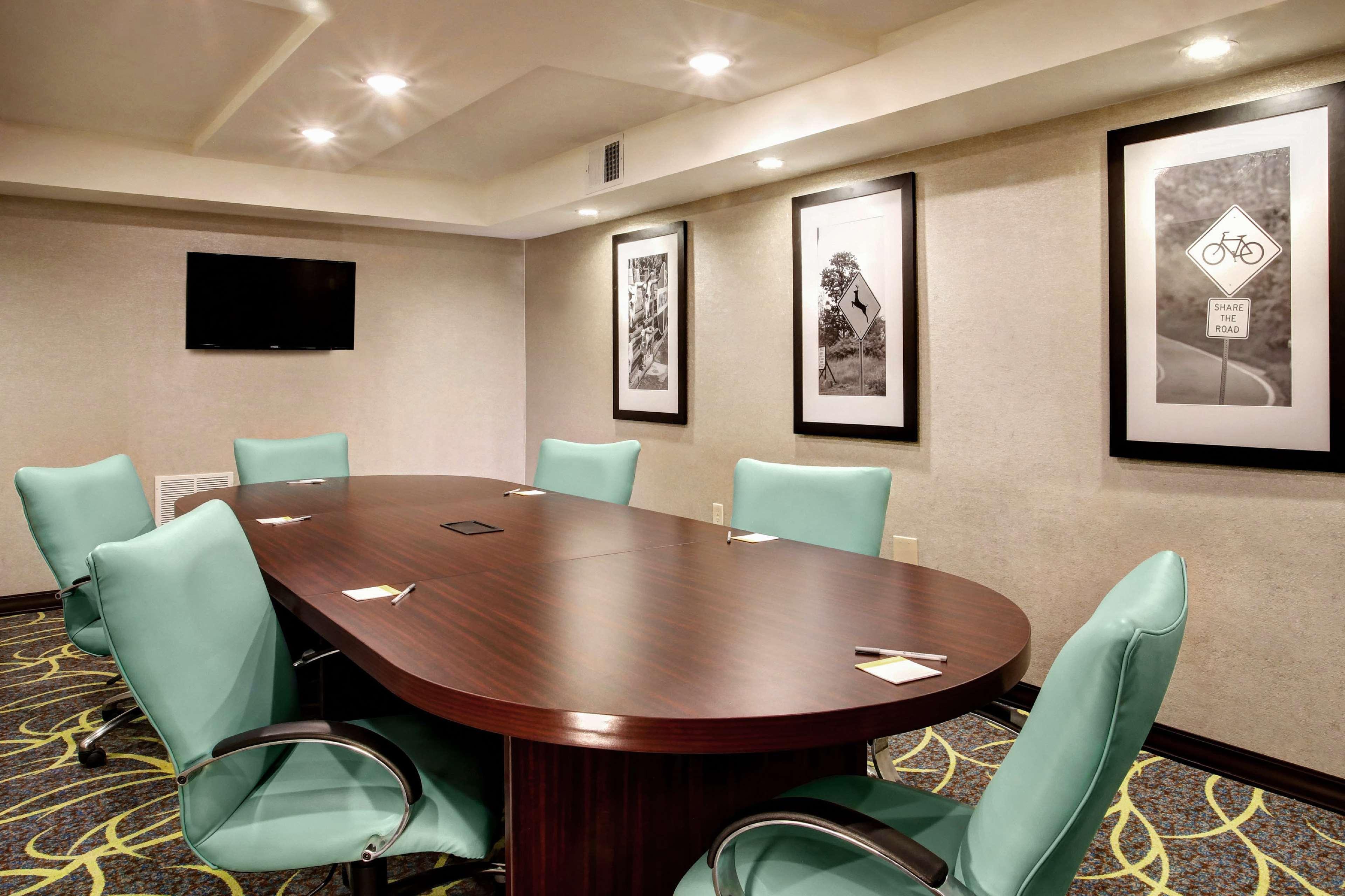 Hampton Inn & Suites Baltimore/Aberdeen image 30