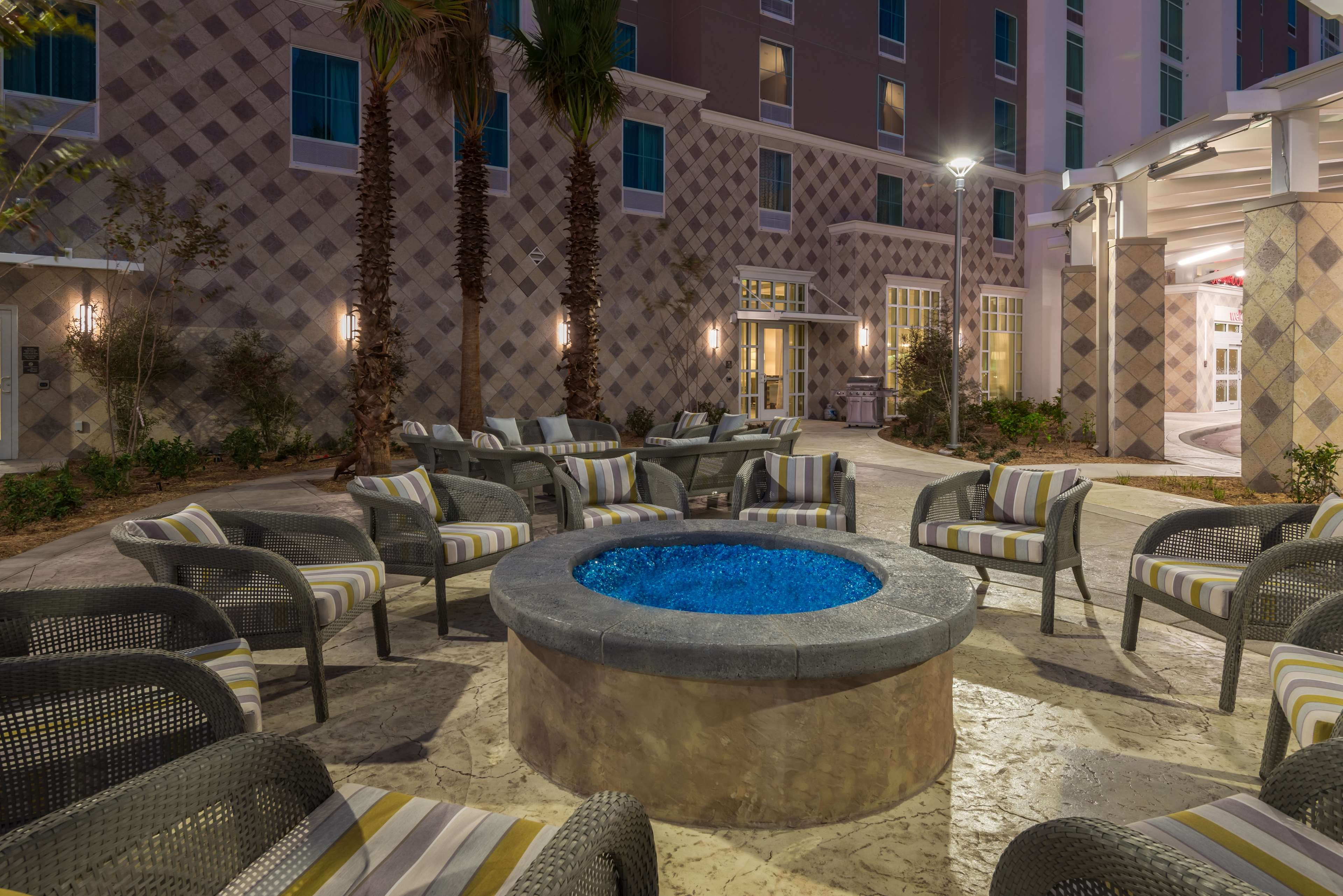 Hampton Inn & Suites Tampa Airport Avion Park Westshore image 1