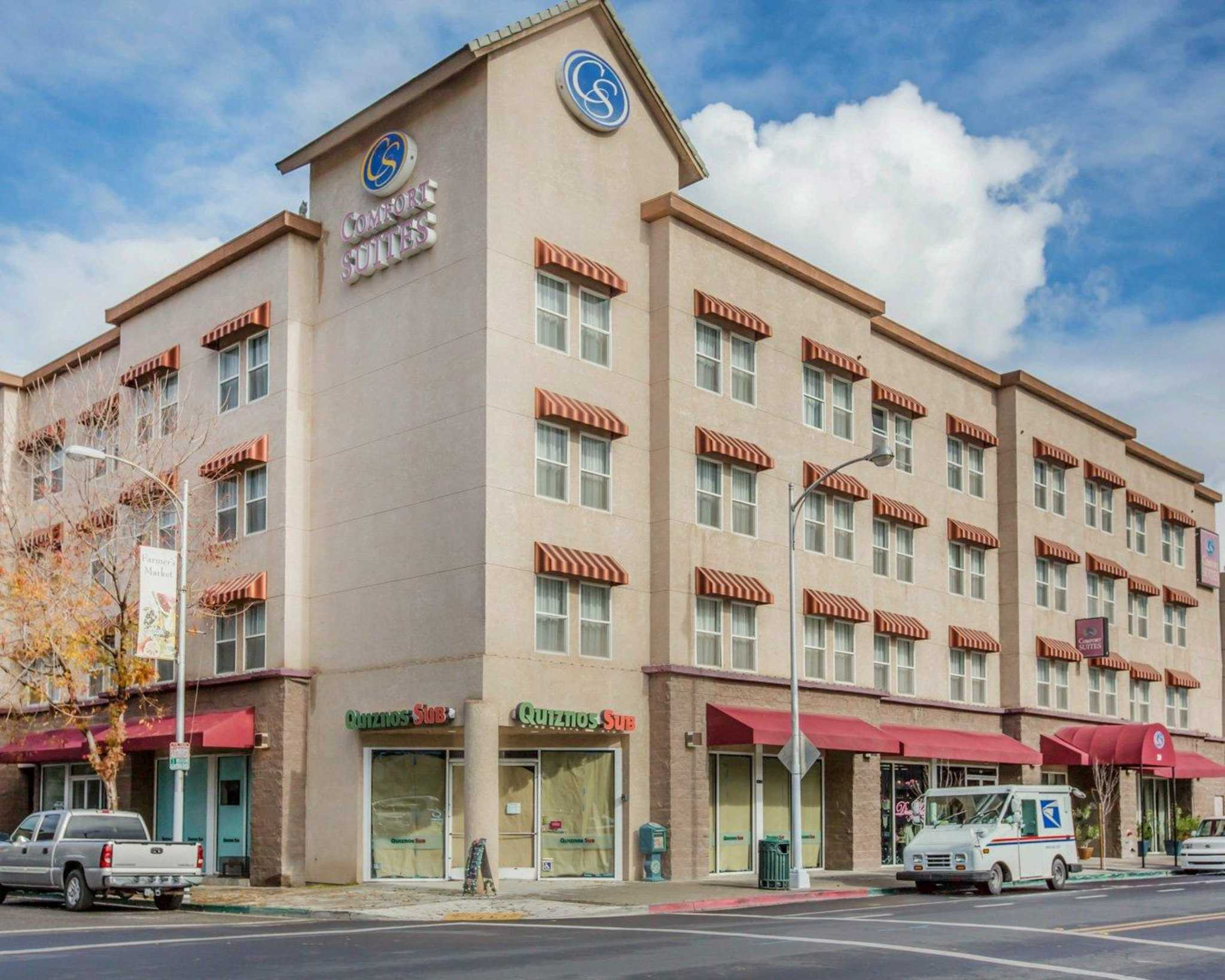 Visalia Ca Hotels Motels