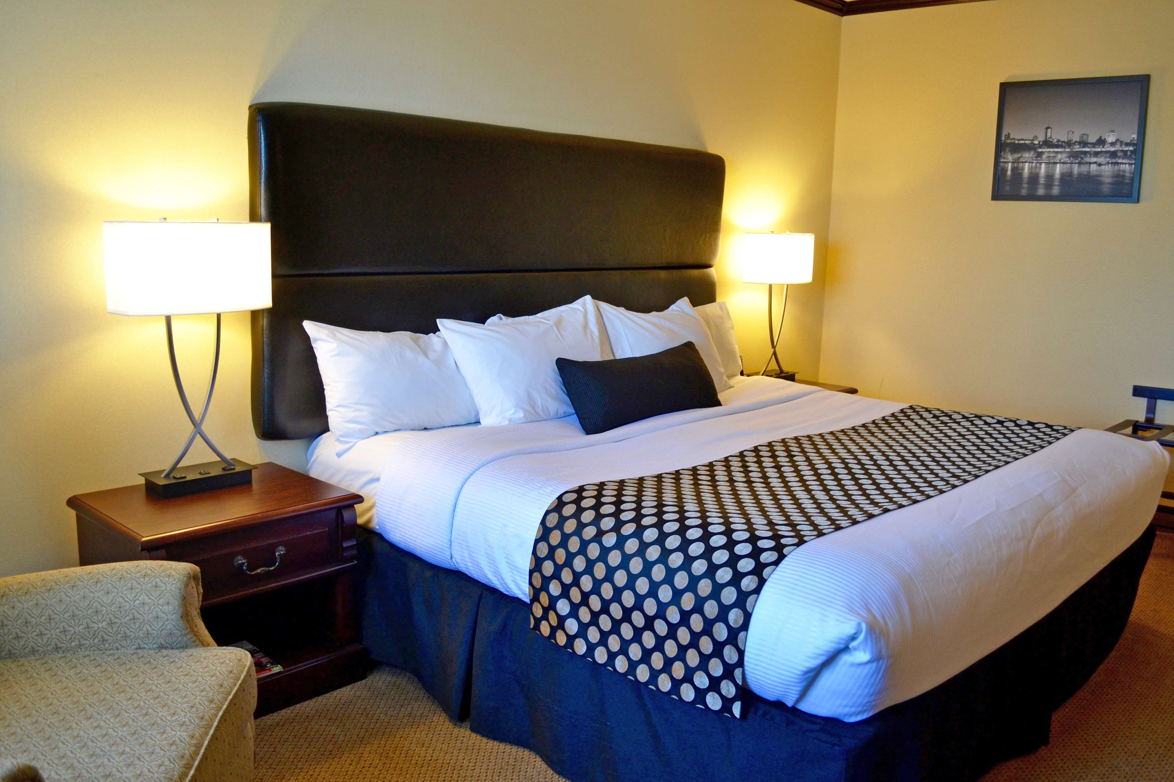 Best Western Plus City Centre/Centre-Ville à Quebec: Business king guest room