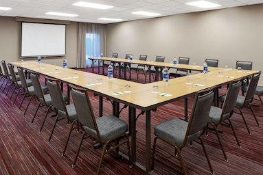 Courtyard by Marriott Pittsburgh Airport image 15