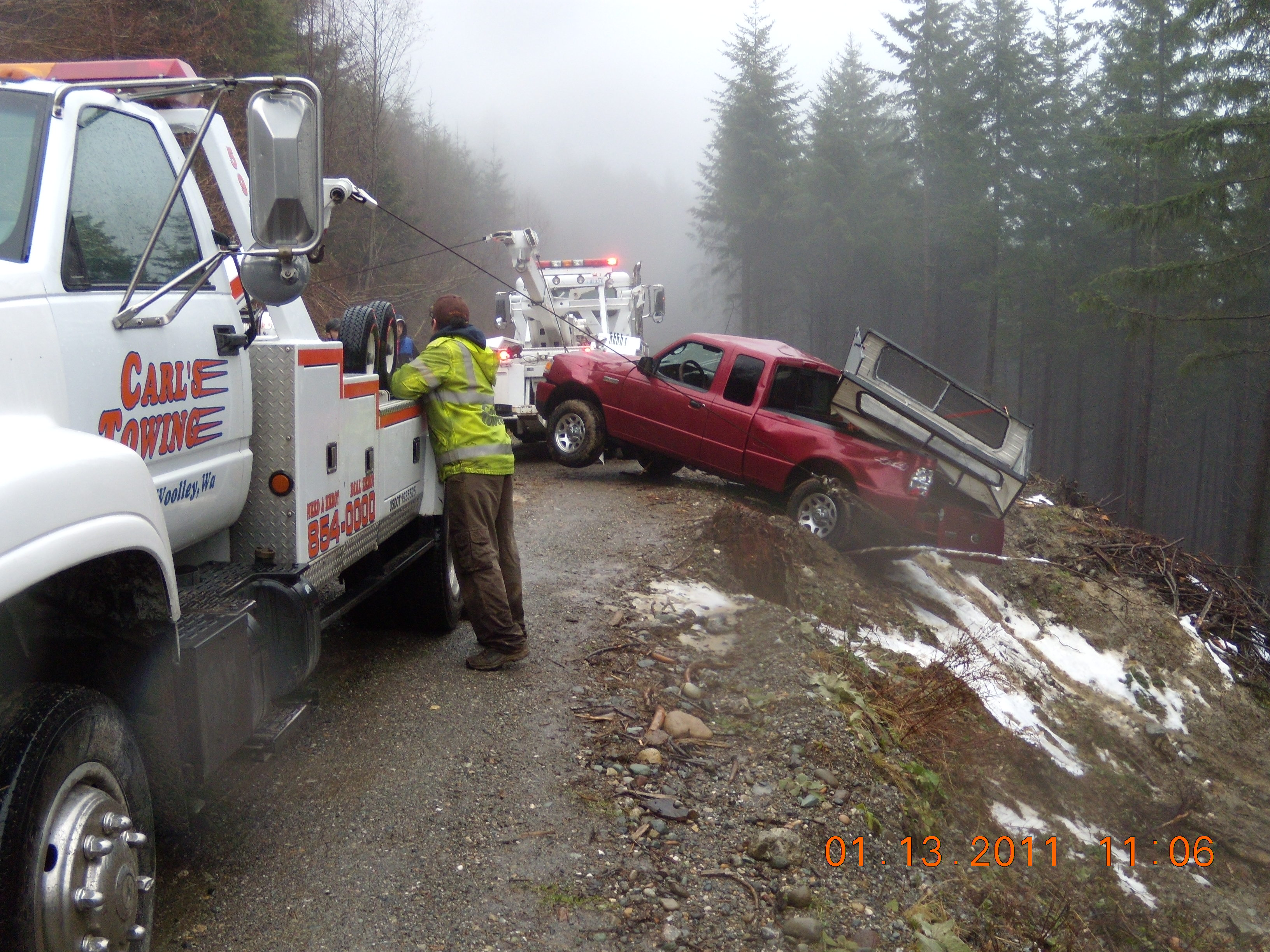 Carl's Towing image 2
