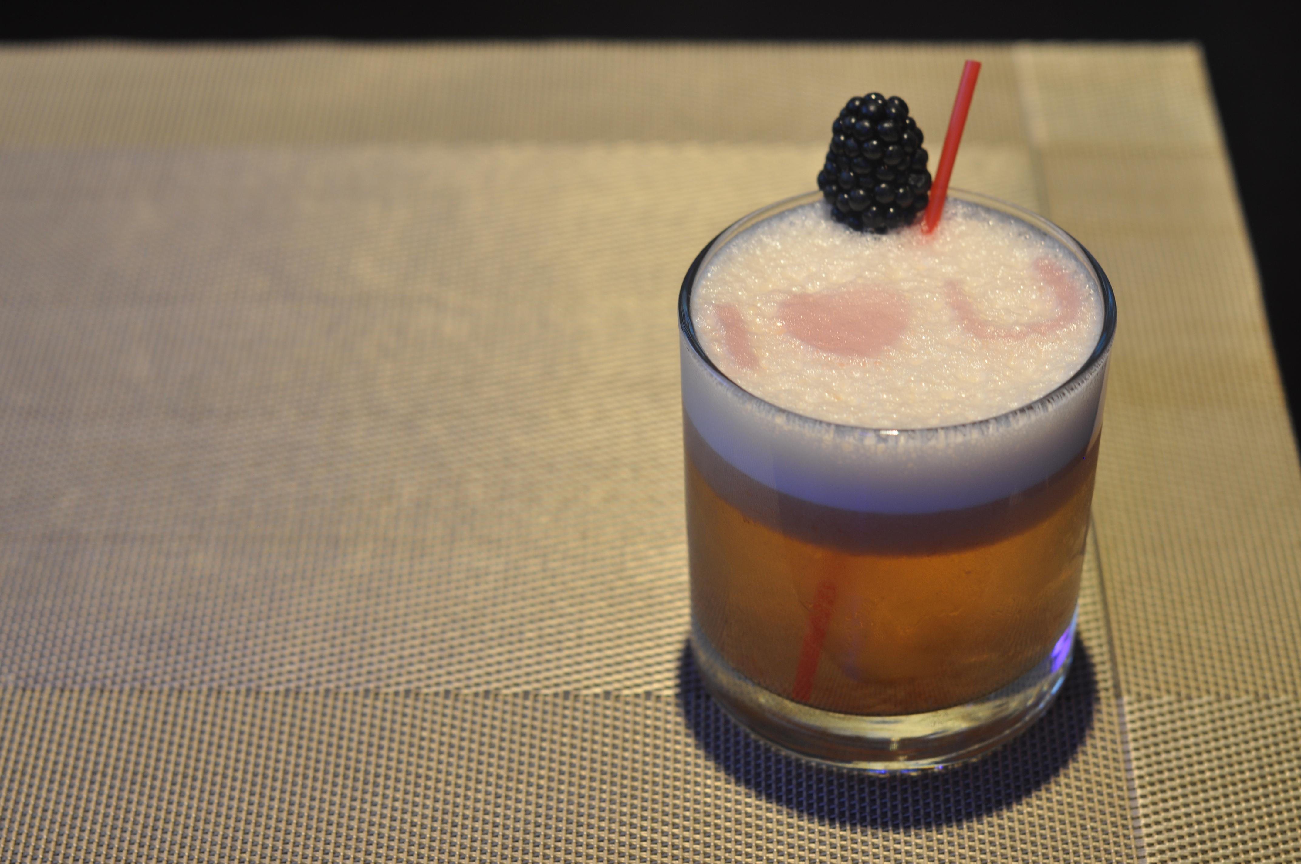 Luna Asian Bistro & Lounge 日本料理 image 22