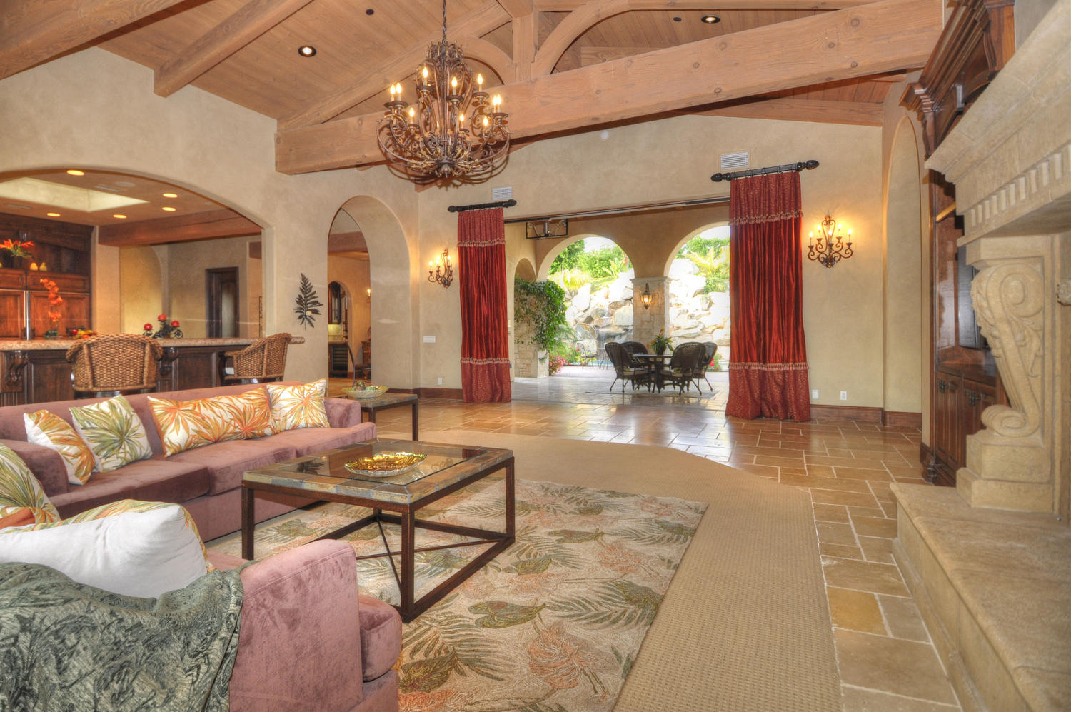 Staged Homes Real Estate image 3