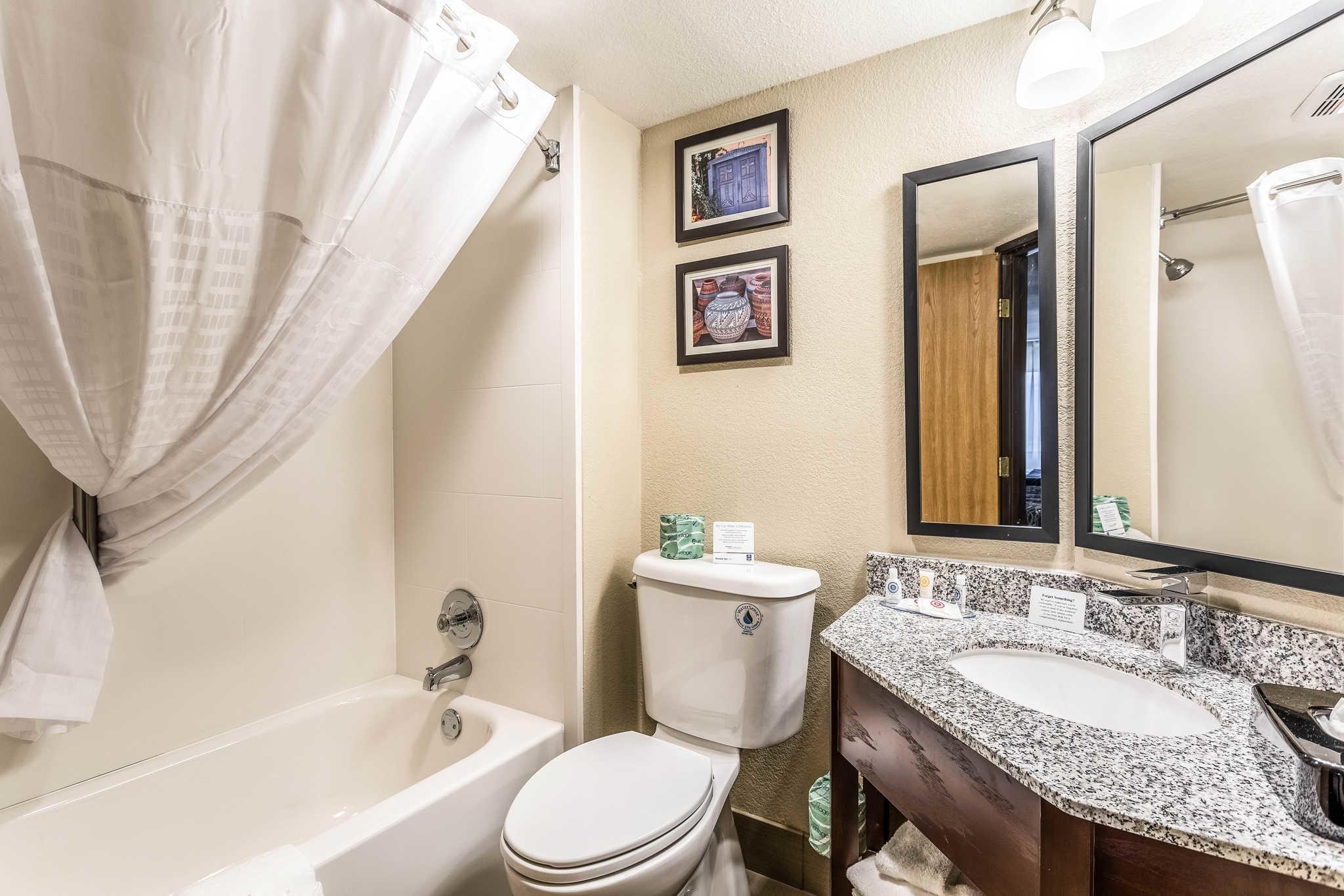 Comfort Inn & Suites Albuquerque Downtown image 17