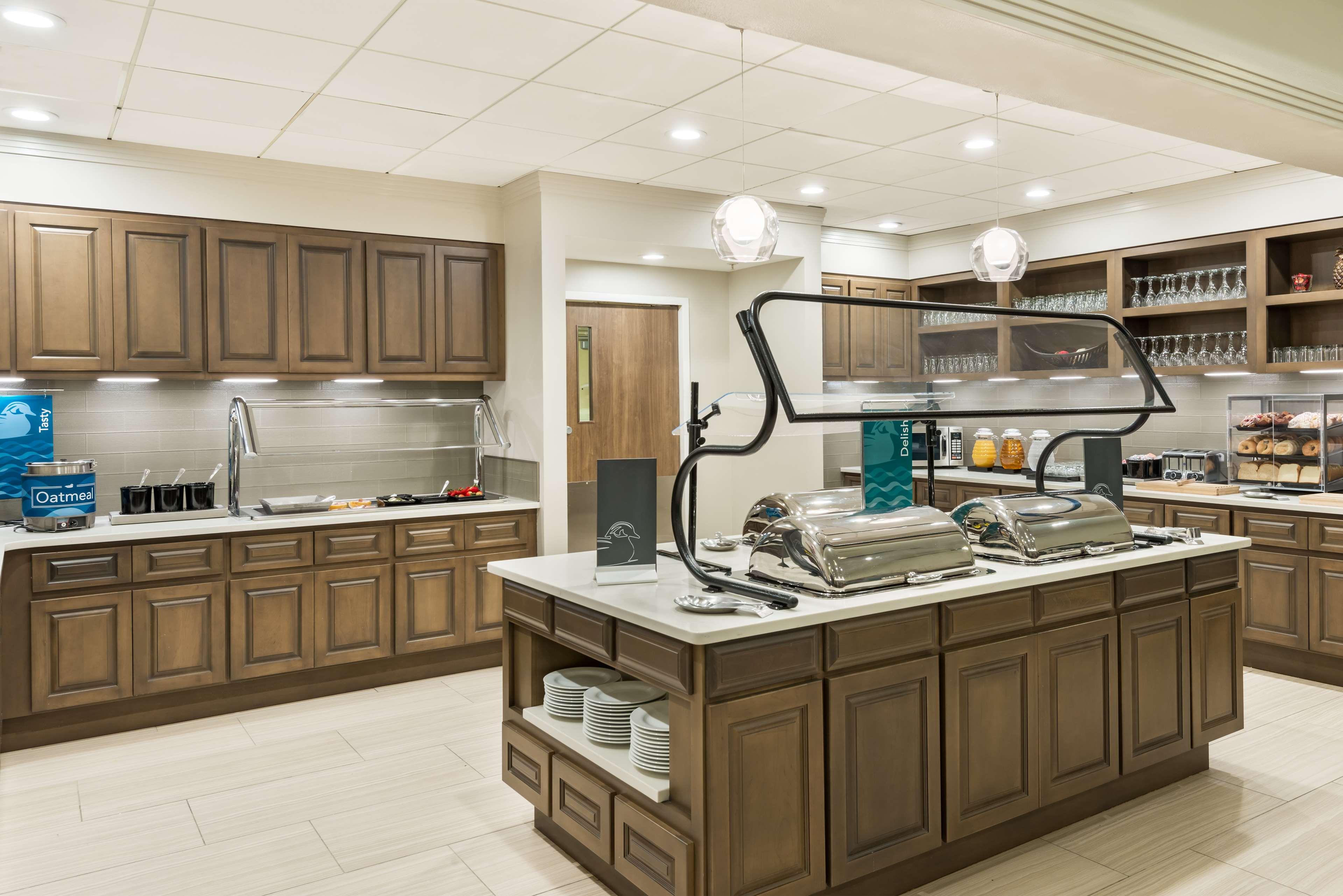 Homewood Suites by Hilton Orlando-UCF Area image 11