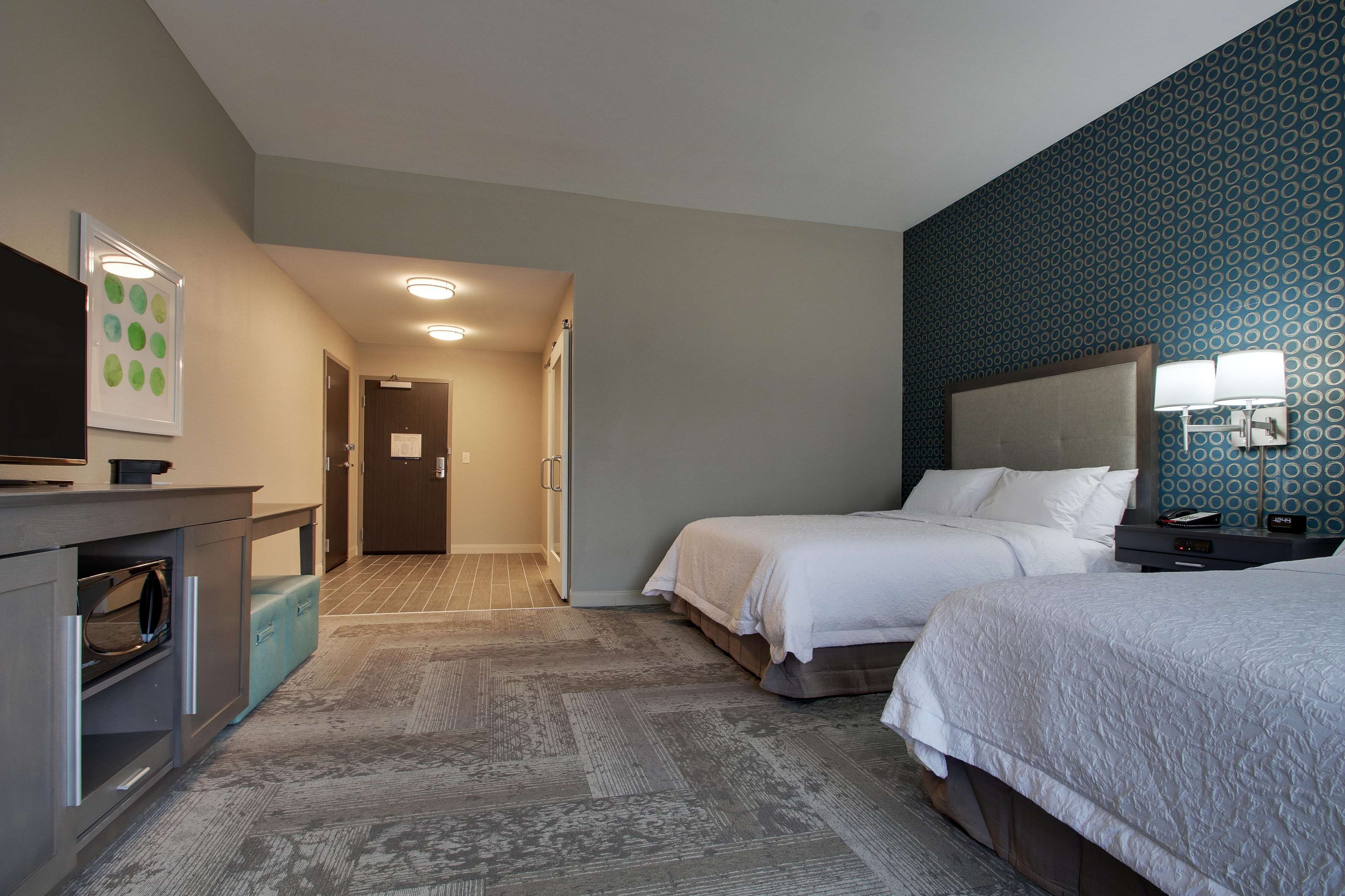 Hampton Inn & Suites Knightdale Raleigh image 13