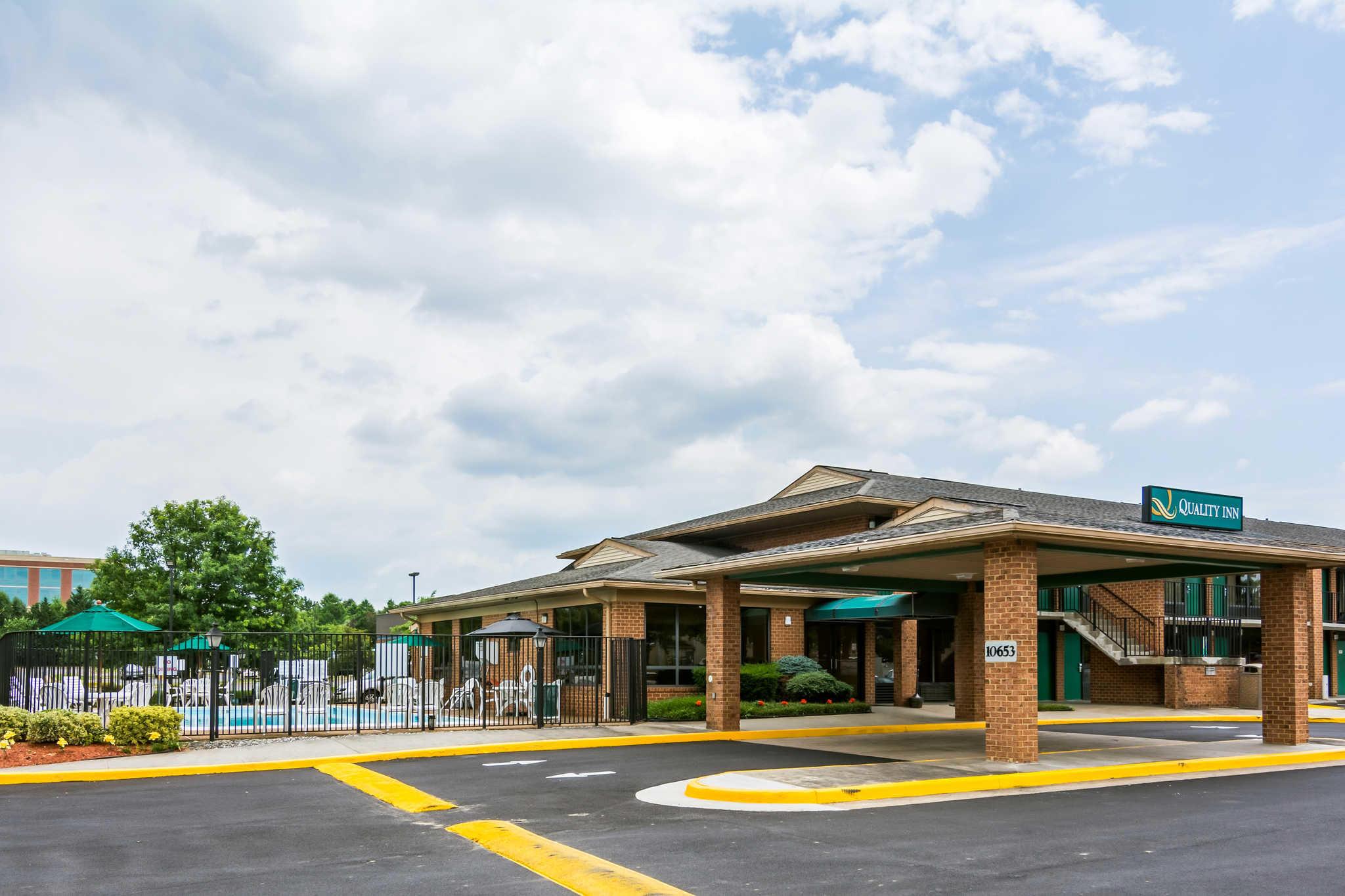 Quality Inn At 10653 Balls Ford Rd Manassas Va On Fave