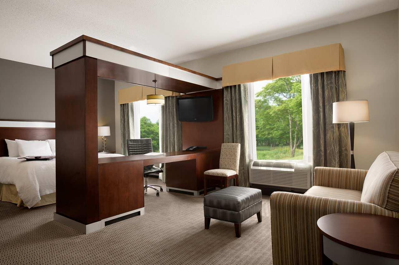 Hampton Inn & Suites Mansfield image 14