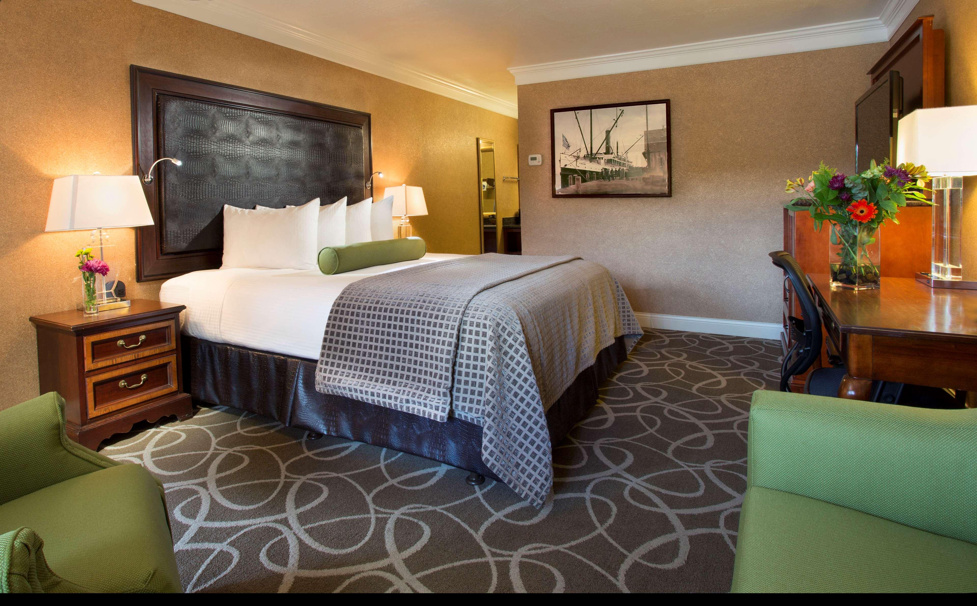 Best Western Plus Humboldt Bay Inn image 21