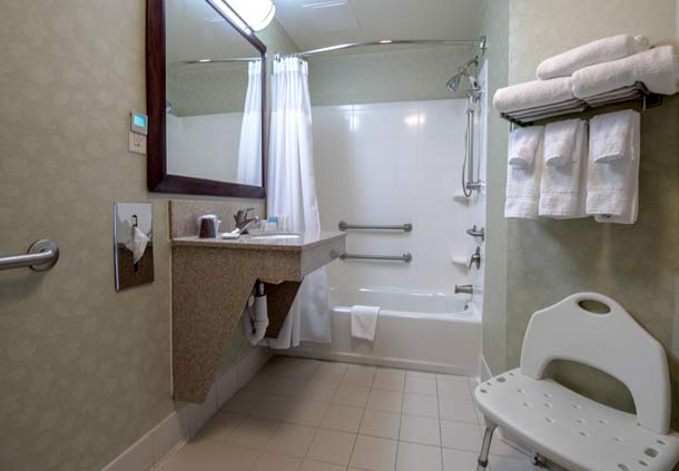SpringHill Suites by Marriott Greensboro image 2