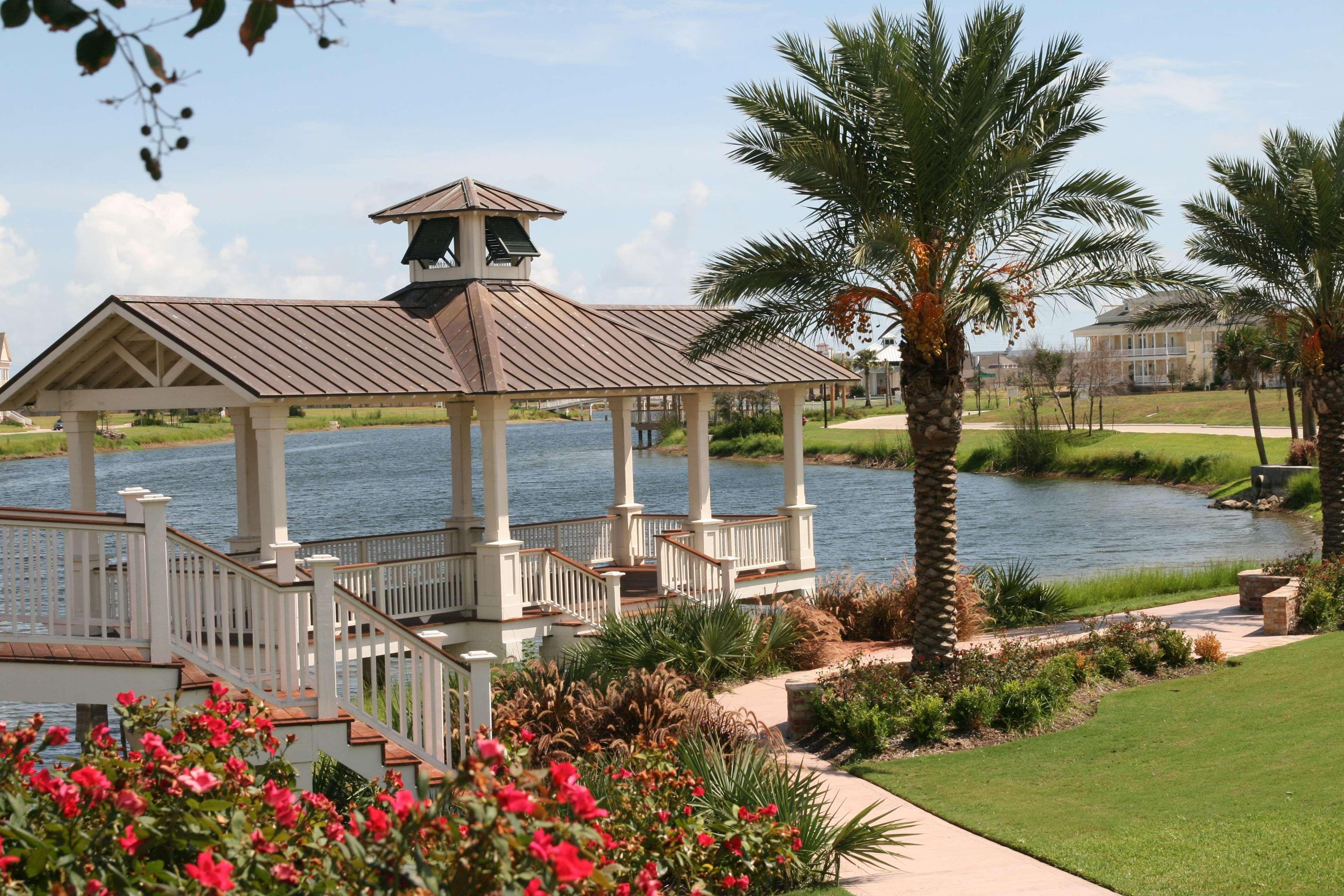 Hampton Inn & Suites Galveston image 4