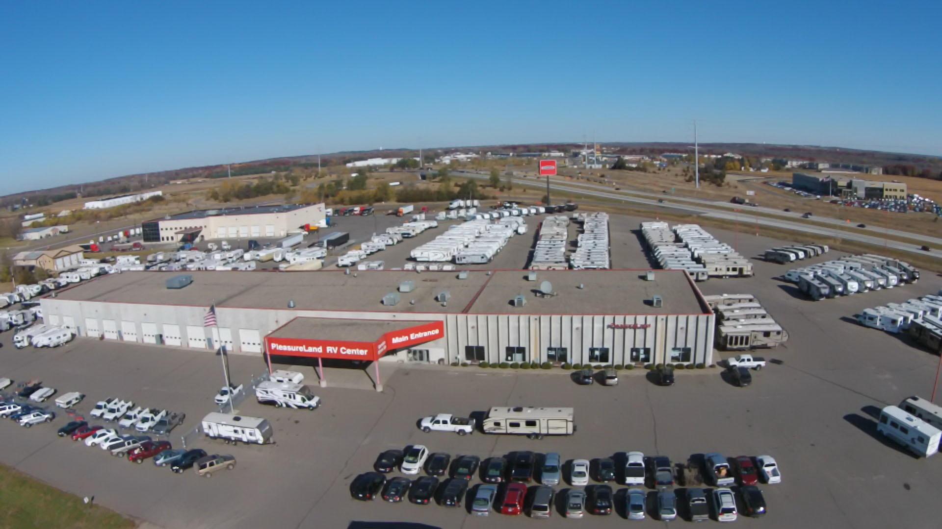 Pleasureland Rv Center St Cloud Camper Shell Supplier