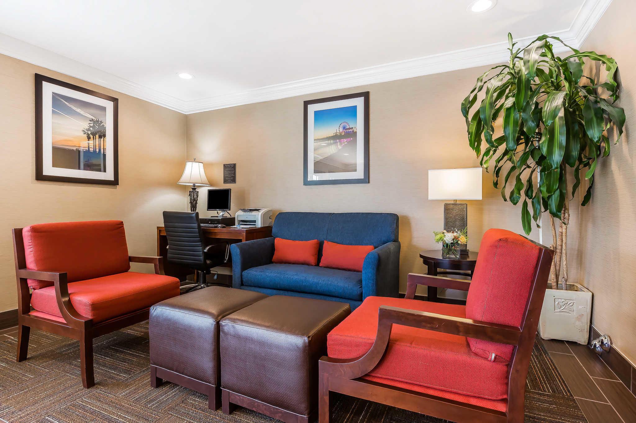 Comfort Inn Santa Monica - West Los Angeles image 5