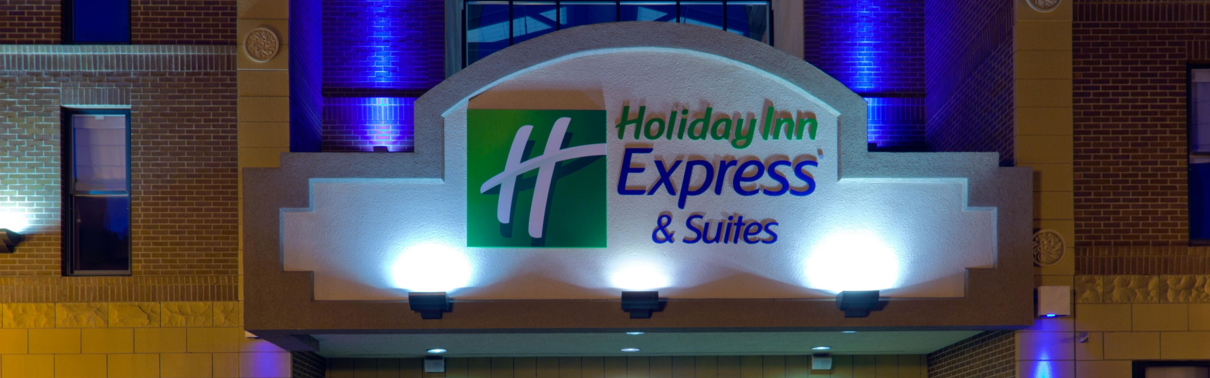 Holiday Inn Express & Suites Deadwood-Gold Dust Casino image 0